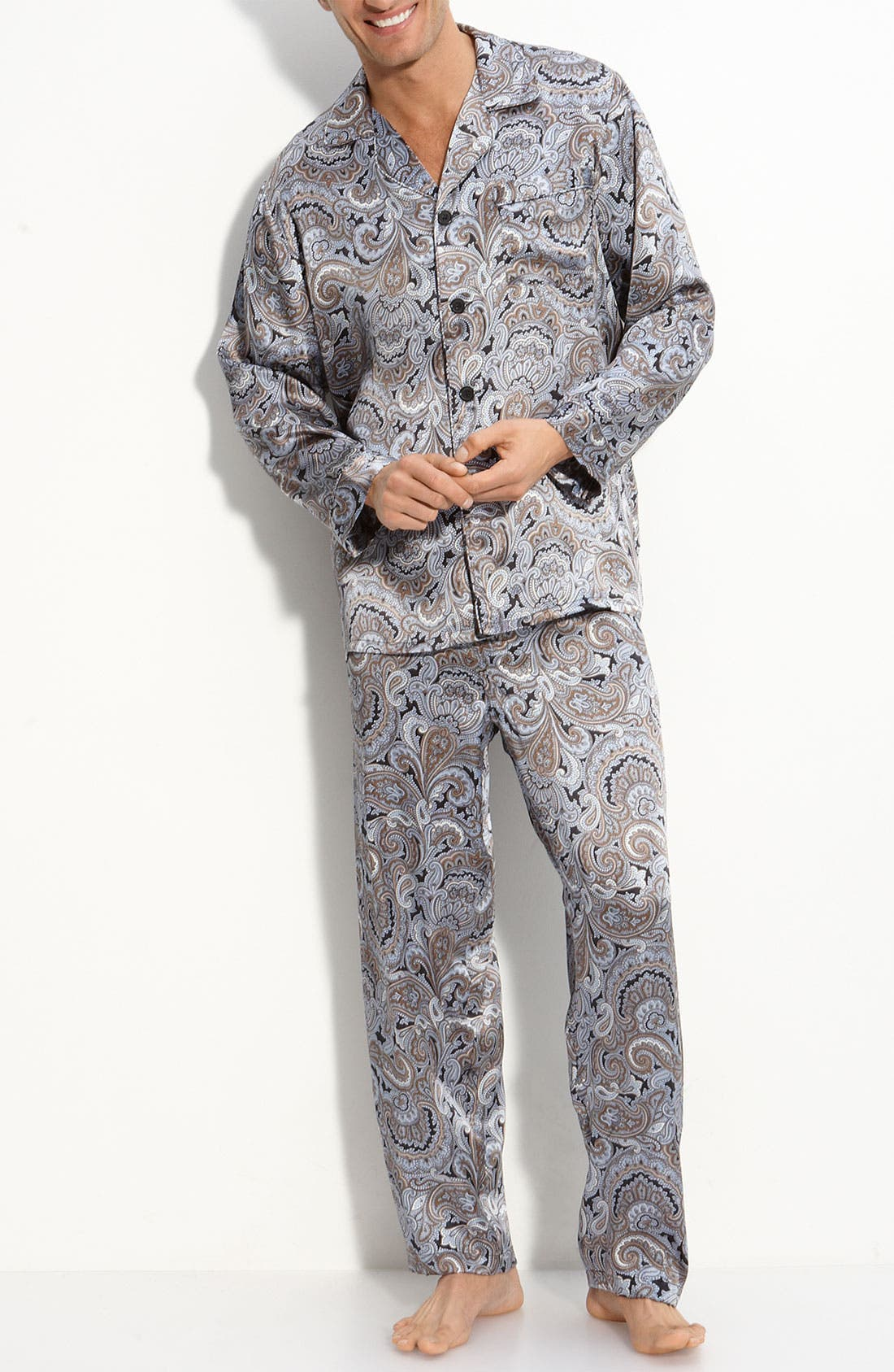 Alternate Image 1 Selected - Majestic International Paisley Silk Pajamas