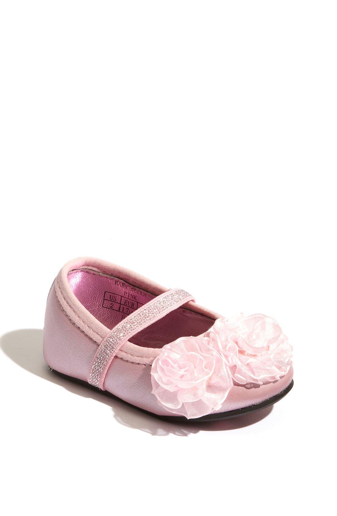 Alternate Image 1 Selected - Stuart Weitzman 'Baby Bella' Crib Shoe (Baby)