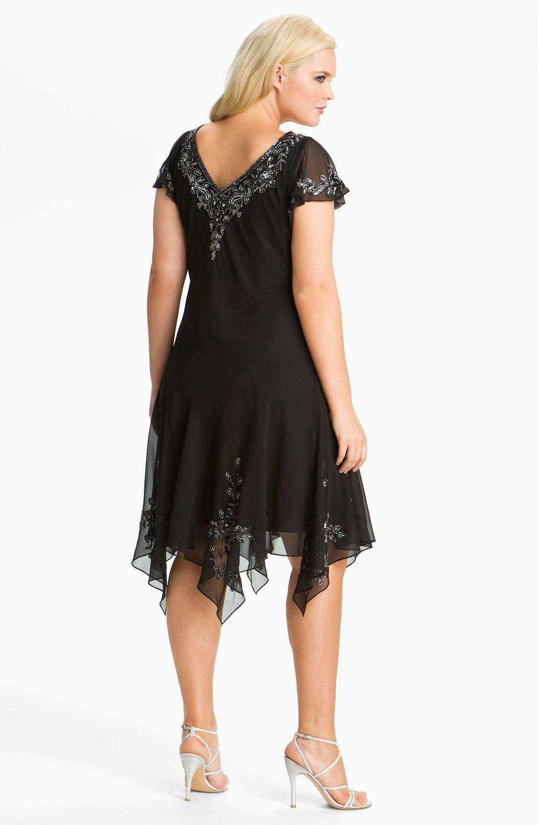 Alternate Image 2  - J Kara Beaded Flutter Sleeve Chiffon Dress (Plus Size)