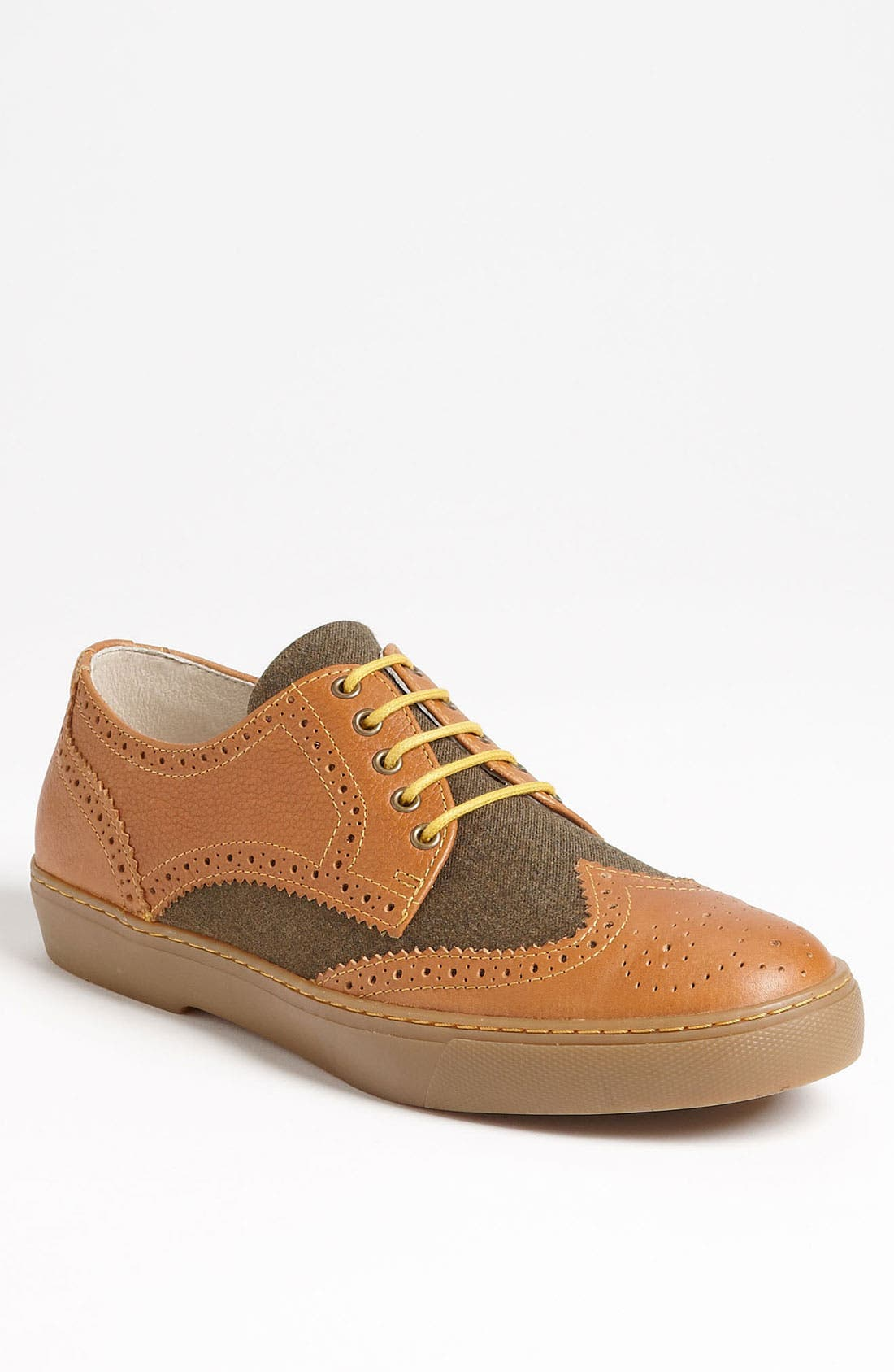 Main Image - Fred Perry 'Donegan' Wingtip