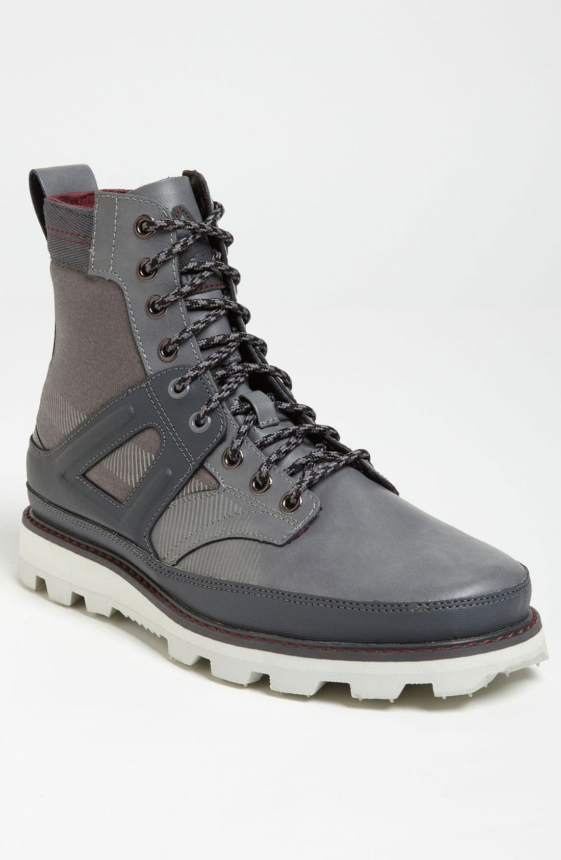 Alternate Image 1 Selected - PUMA 'Monadnock' Boot