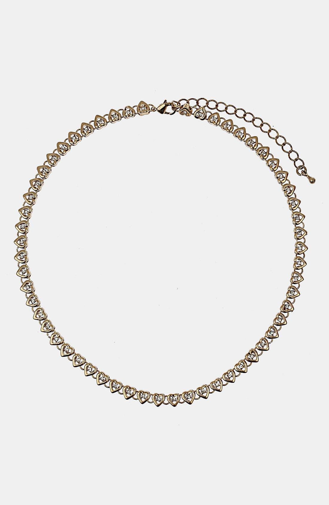 Main Image - Topshop Mini Heart Collar Necklace