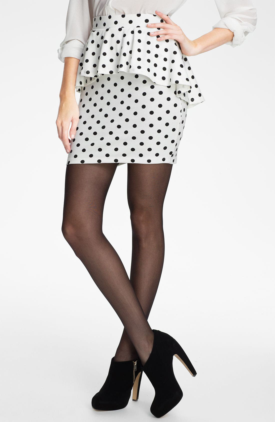 Alternate Image 1 Selected - h.i.p. Peplum Skirt (Juniors)