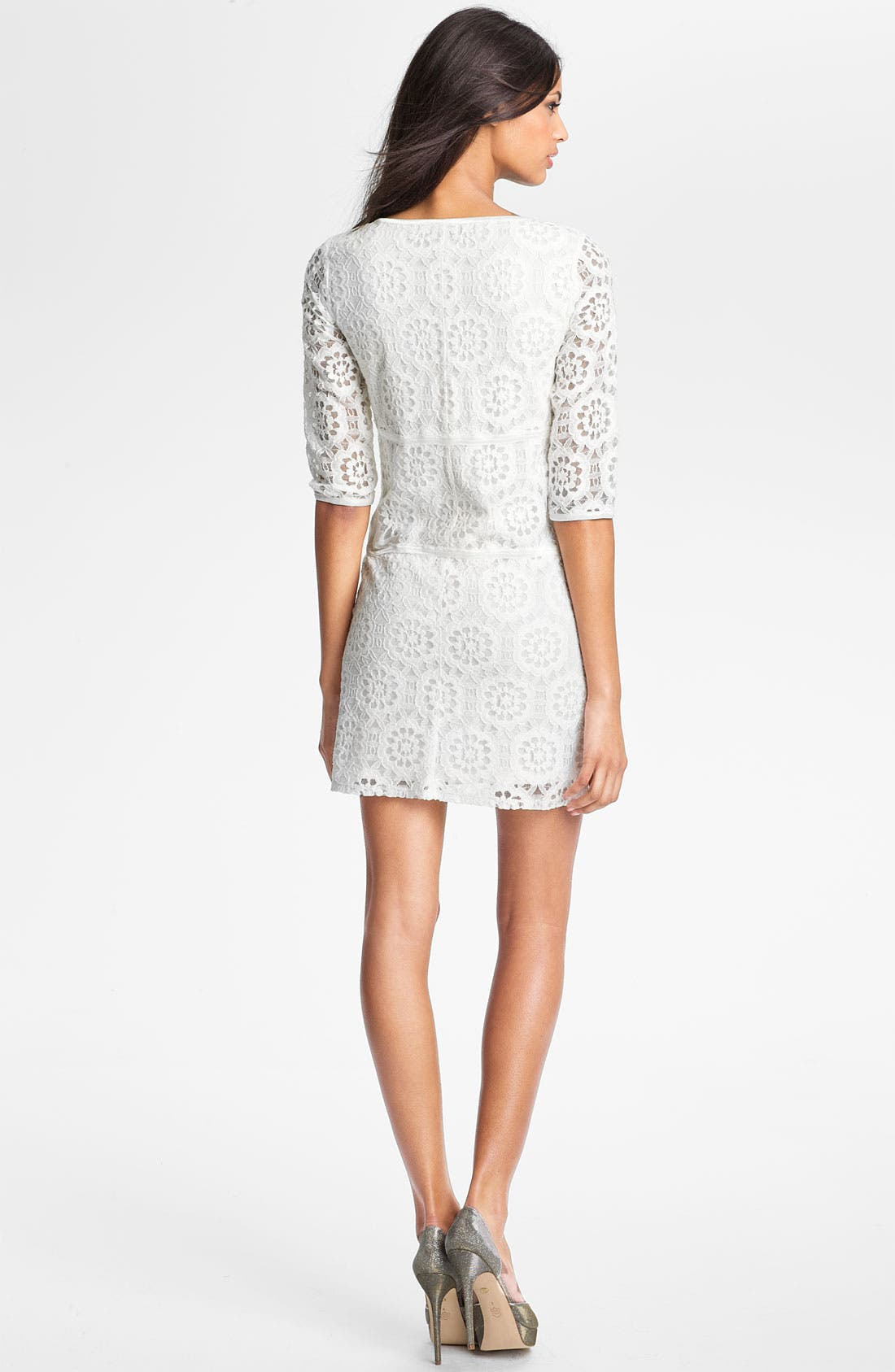 Alternate Image 2  - Laundry by Shelli Segal Illusion Sleeve Lace Dress