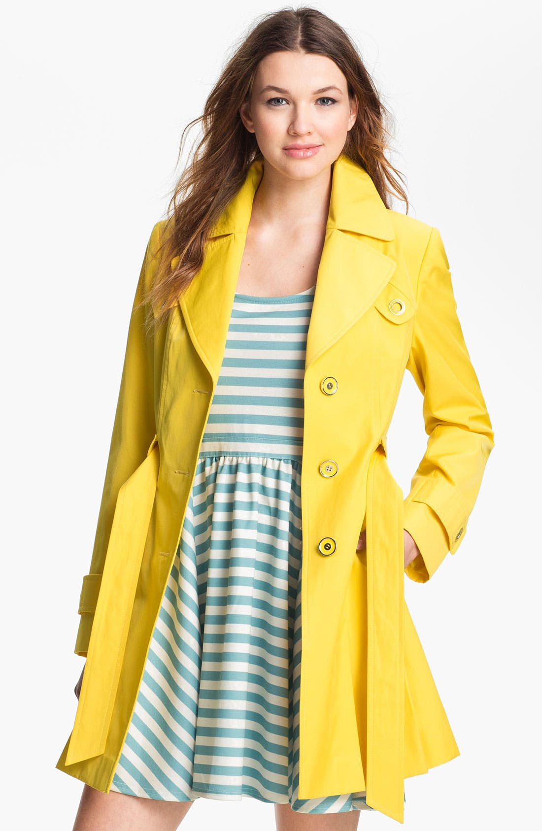 Alternate Image 3  - Via Spiga Pleated Trench Coat (Regular & Petite)
