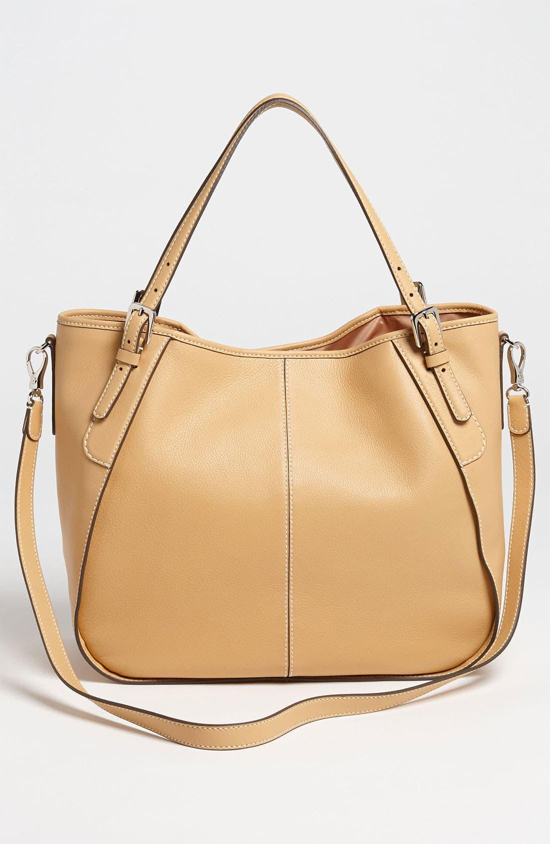 Alternate Image 4  - Tod's 'New G - Medium' Leather Shoulder Bag