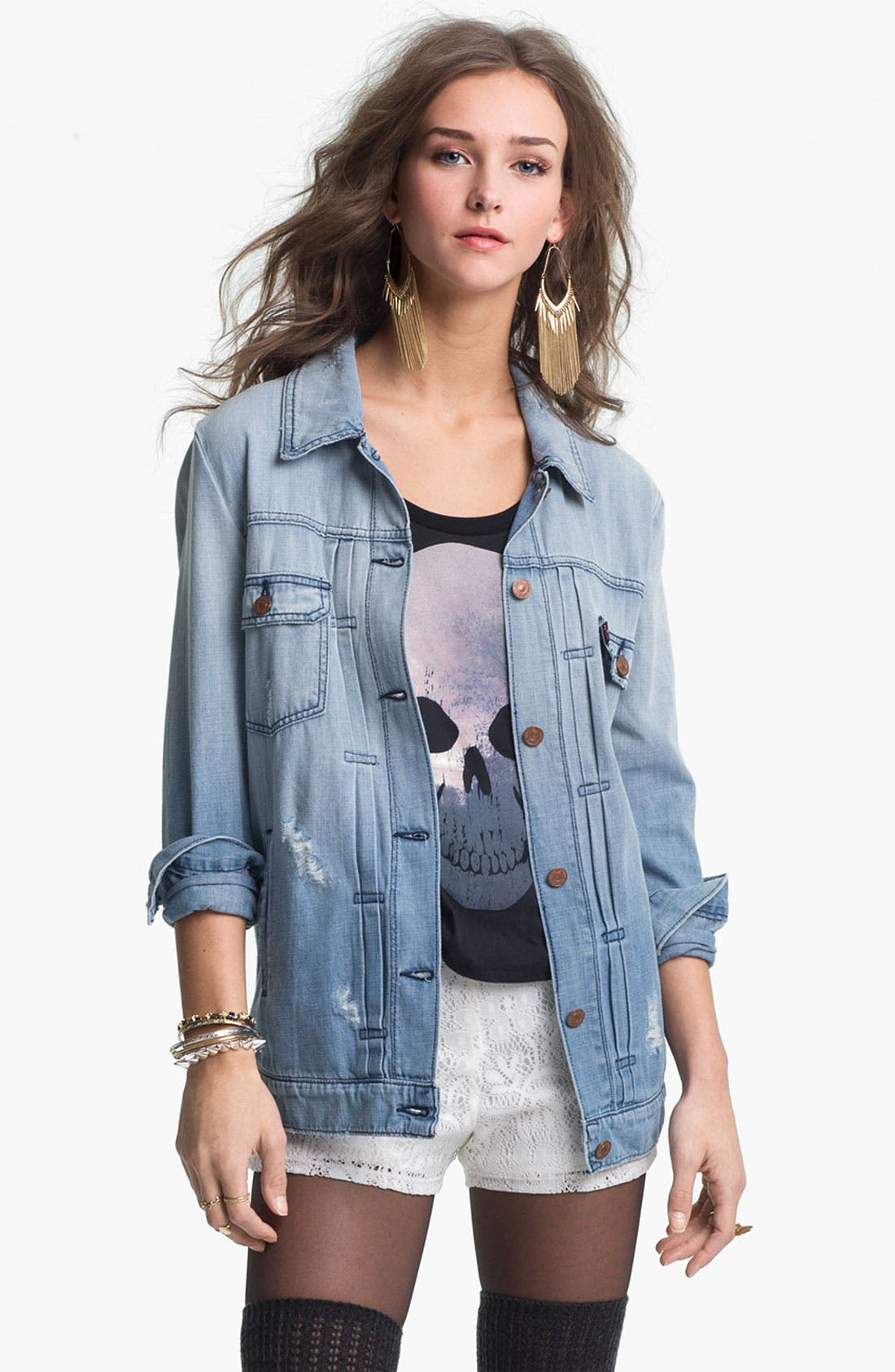 Alternate Image 1 Selected - Levi's® 'Trucker' Oversized Denim Jacket