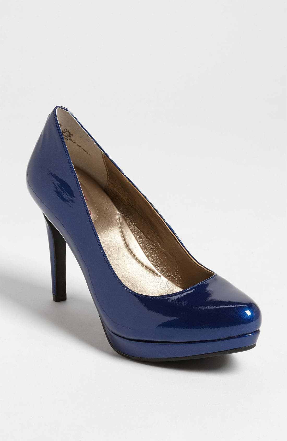 Alternate Image 1 Selected - Me Too 'Holly' Pump