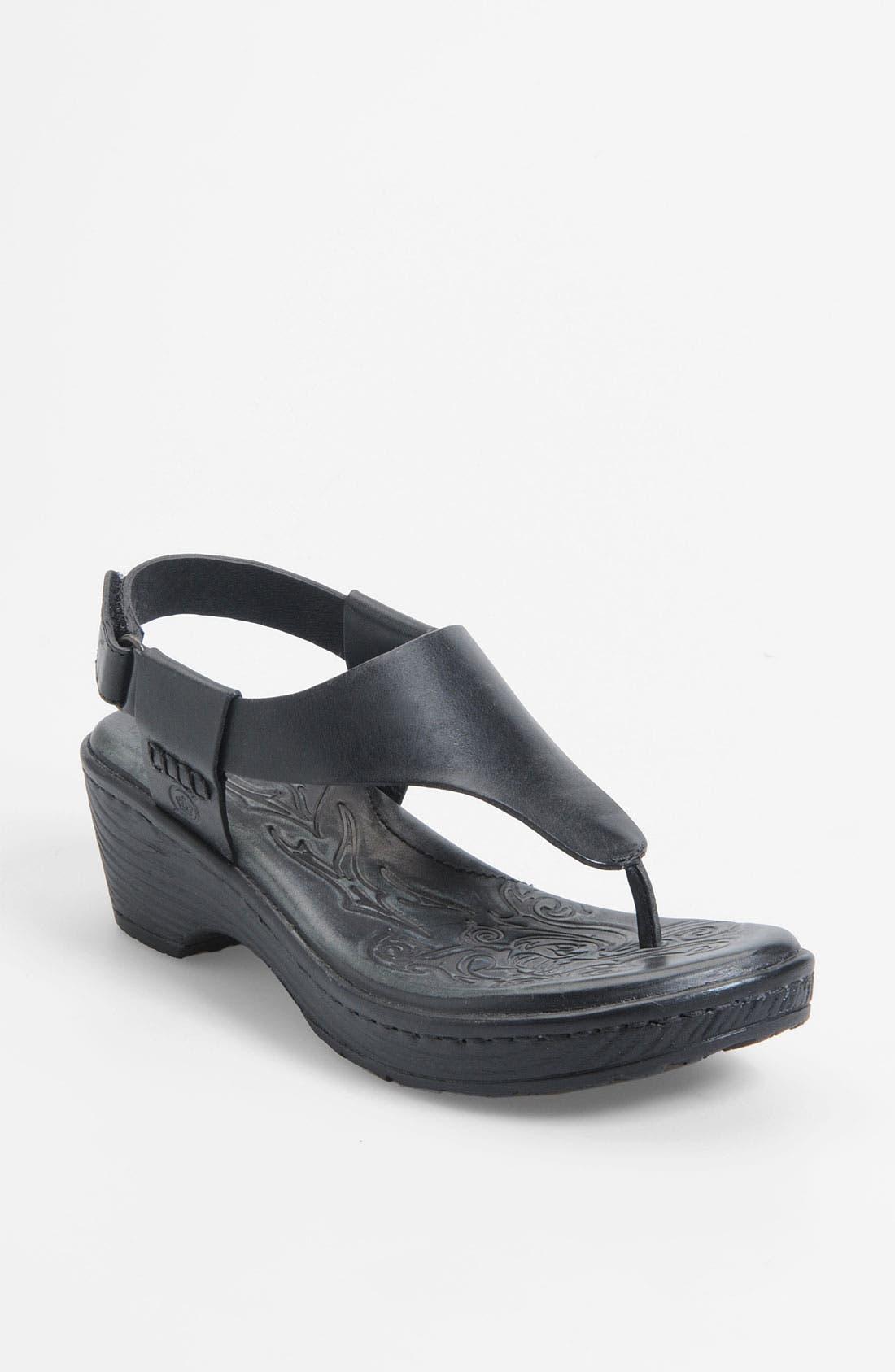 Alternate Image 1 Selected - Børn 'Daya' Sandal