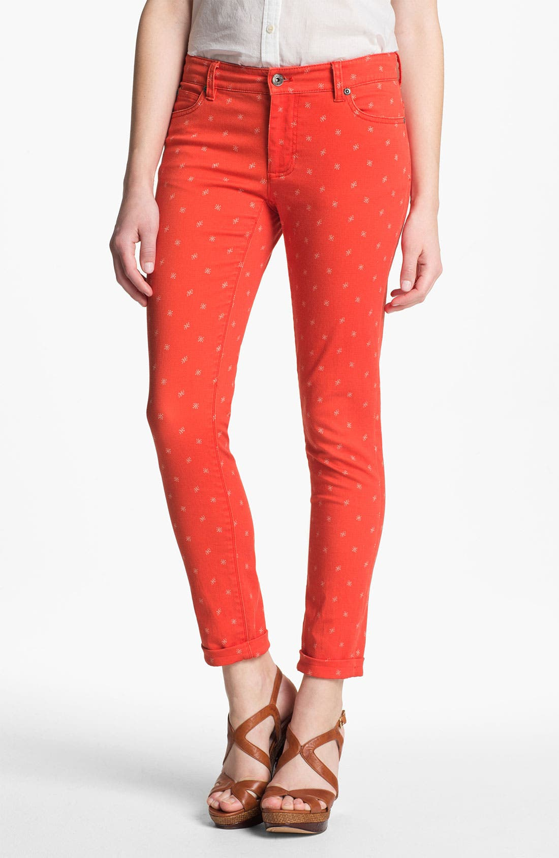 Alternate Image 1 Selected - Two by Vince Camuto 'Shorty' Star Print Jeans (Fiery Red)