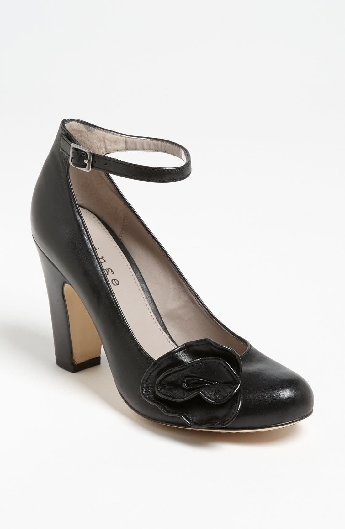 Alternate Image 1 Selected - Hinge® Flower Accent Pump