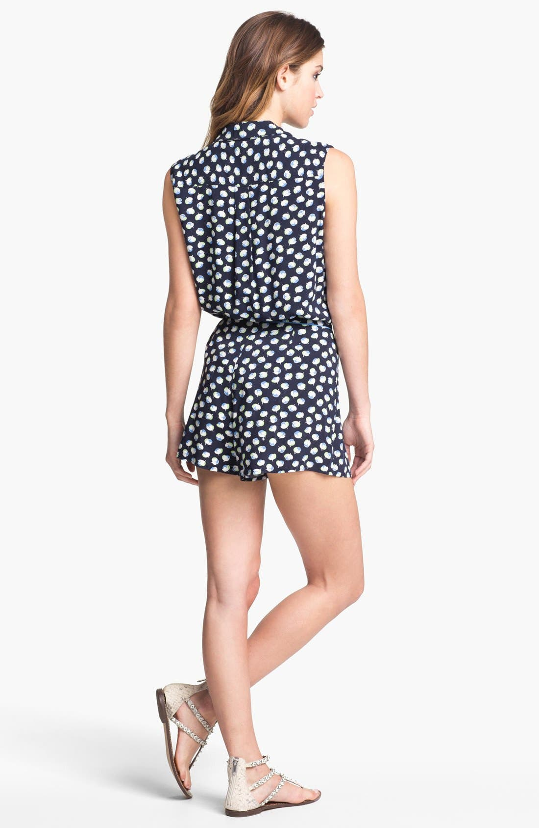 Alternate Image 5  - Two by Vince Camuto Sleeveless Floral Shirt