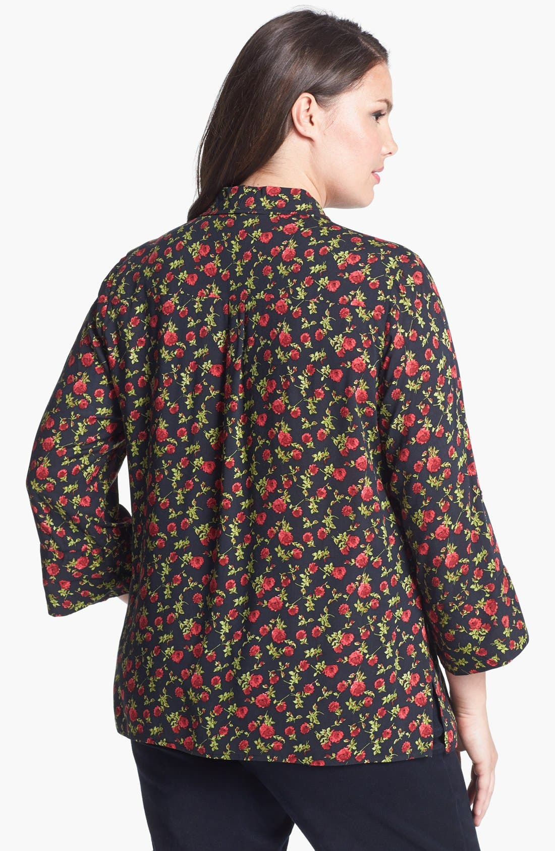 Alternate Image 2  - Two by Vince Camuto Rose Print Shirt (Plus Size)