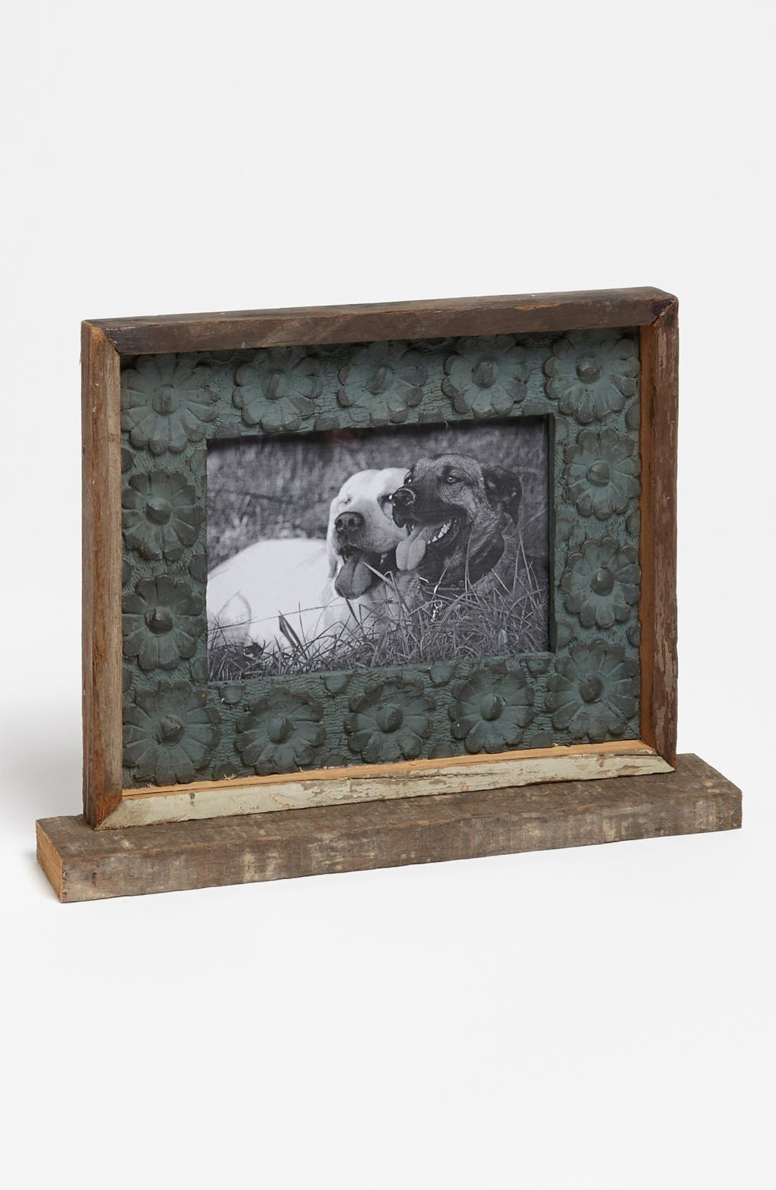 Main Image - Recycled Wood Medallion Picture Frame (4x6)