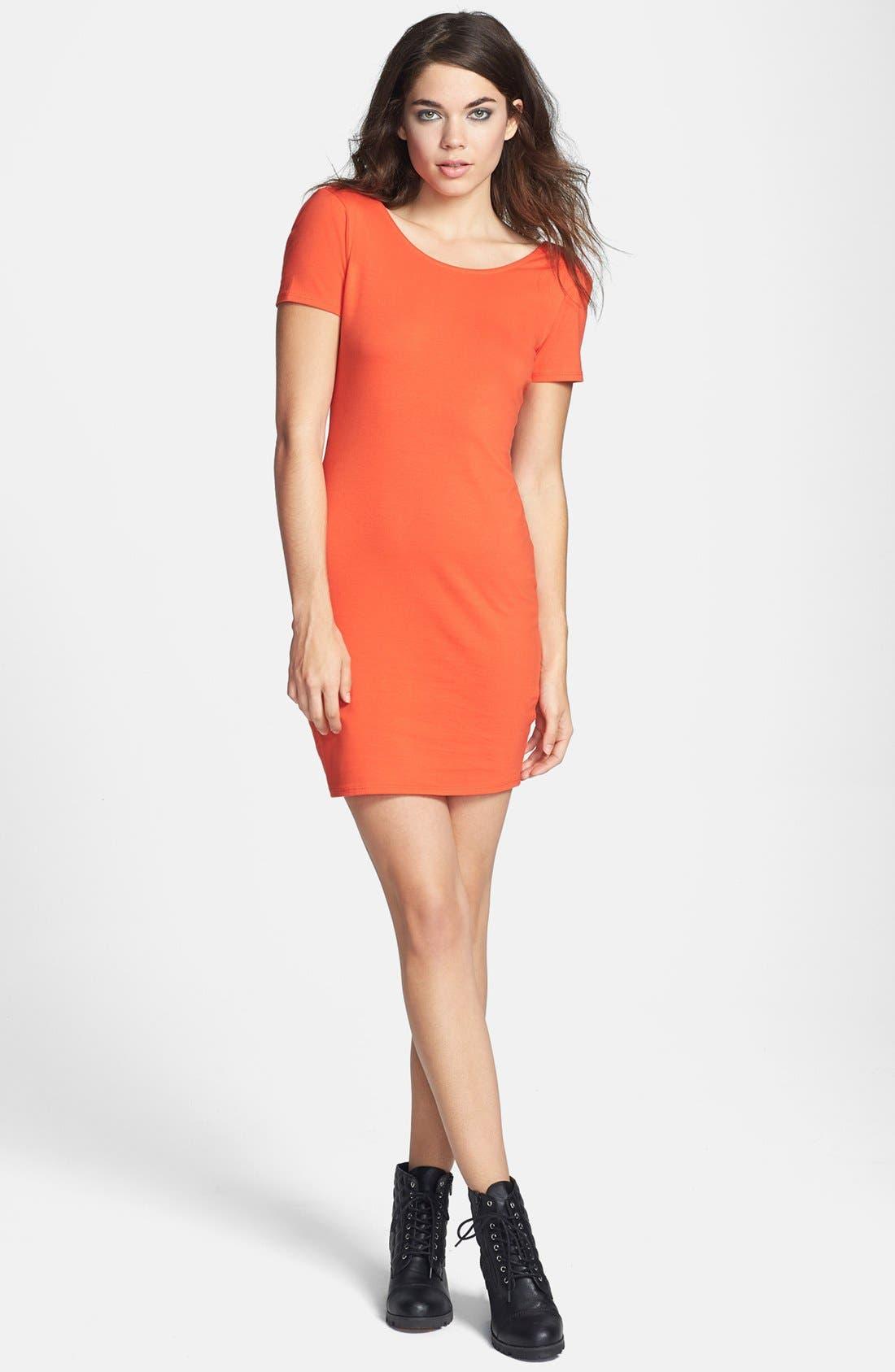 Main Image - Wayf Scoop Back Body-Con Dress