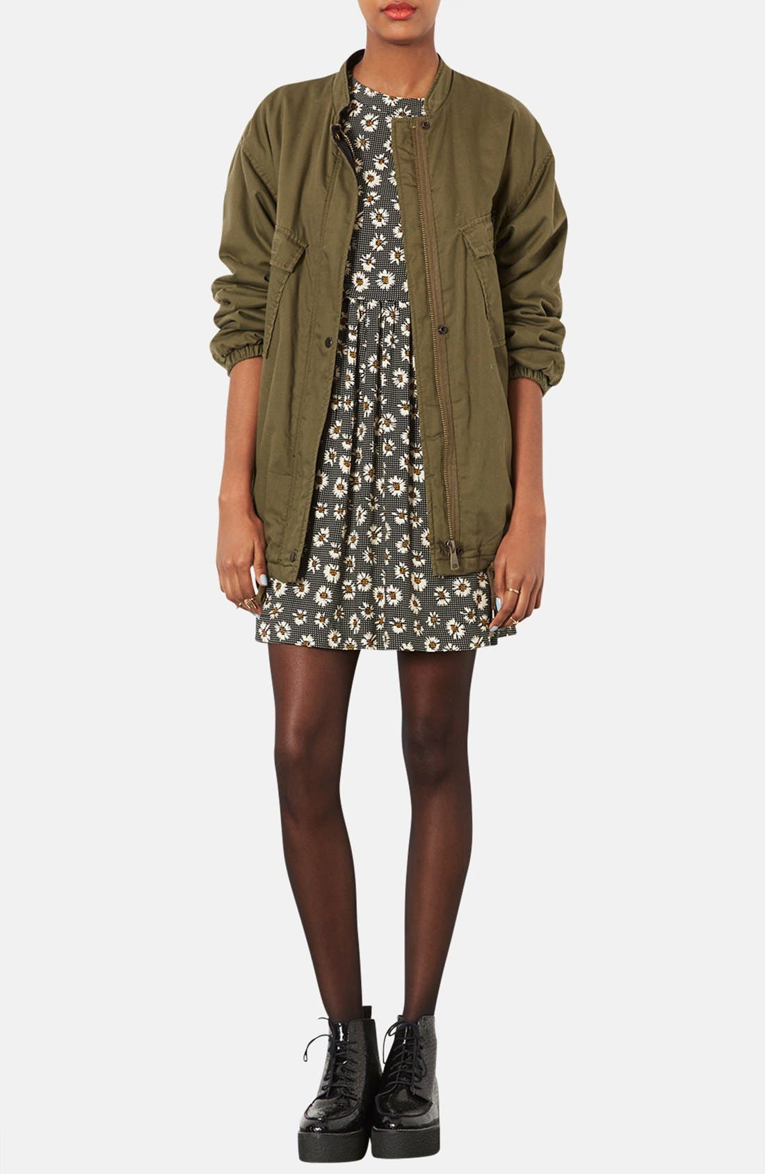 Alternate Image 4  - Topshop Daisy Pattern Flared Dress