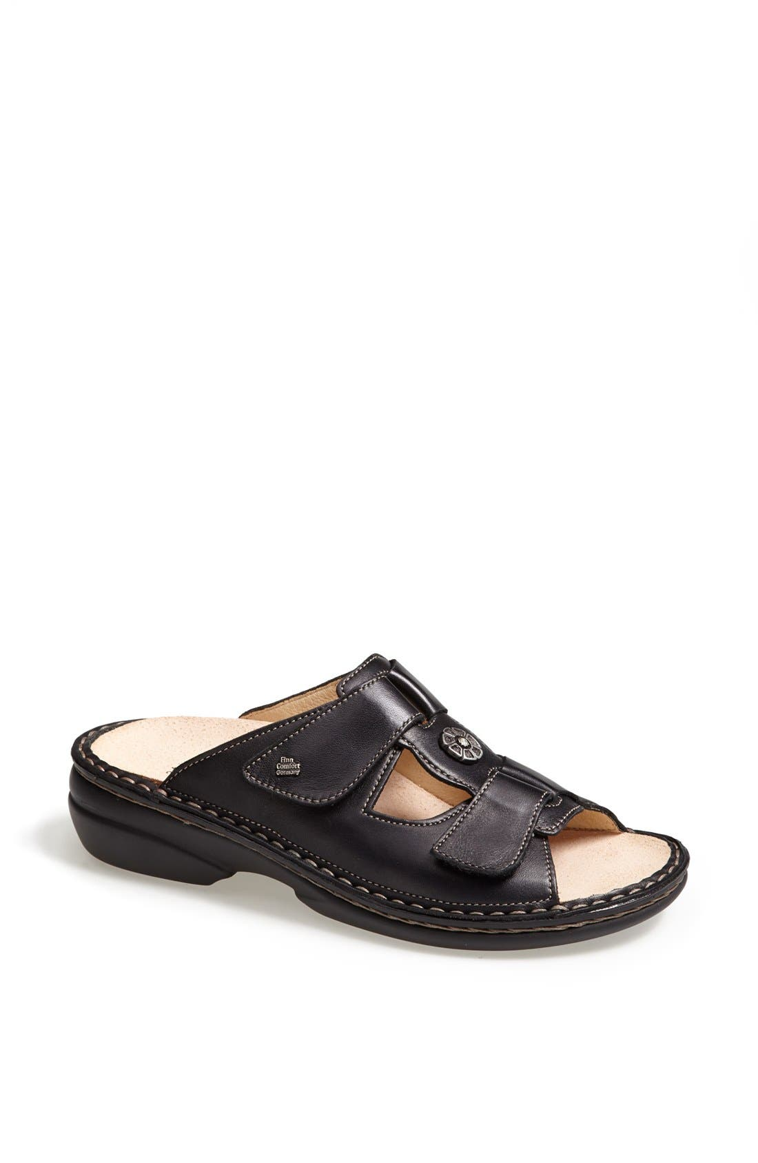 Main Image - Finn Comfort 'Pattaya' Leather Sandal