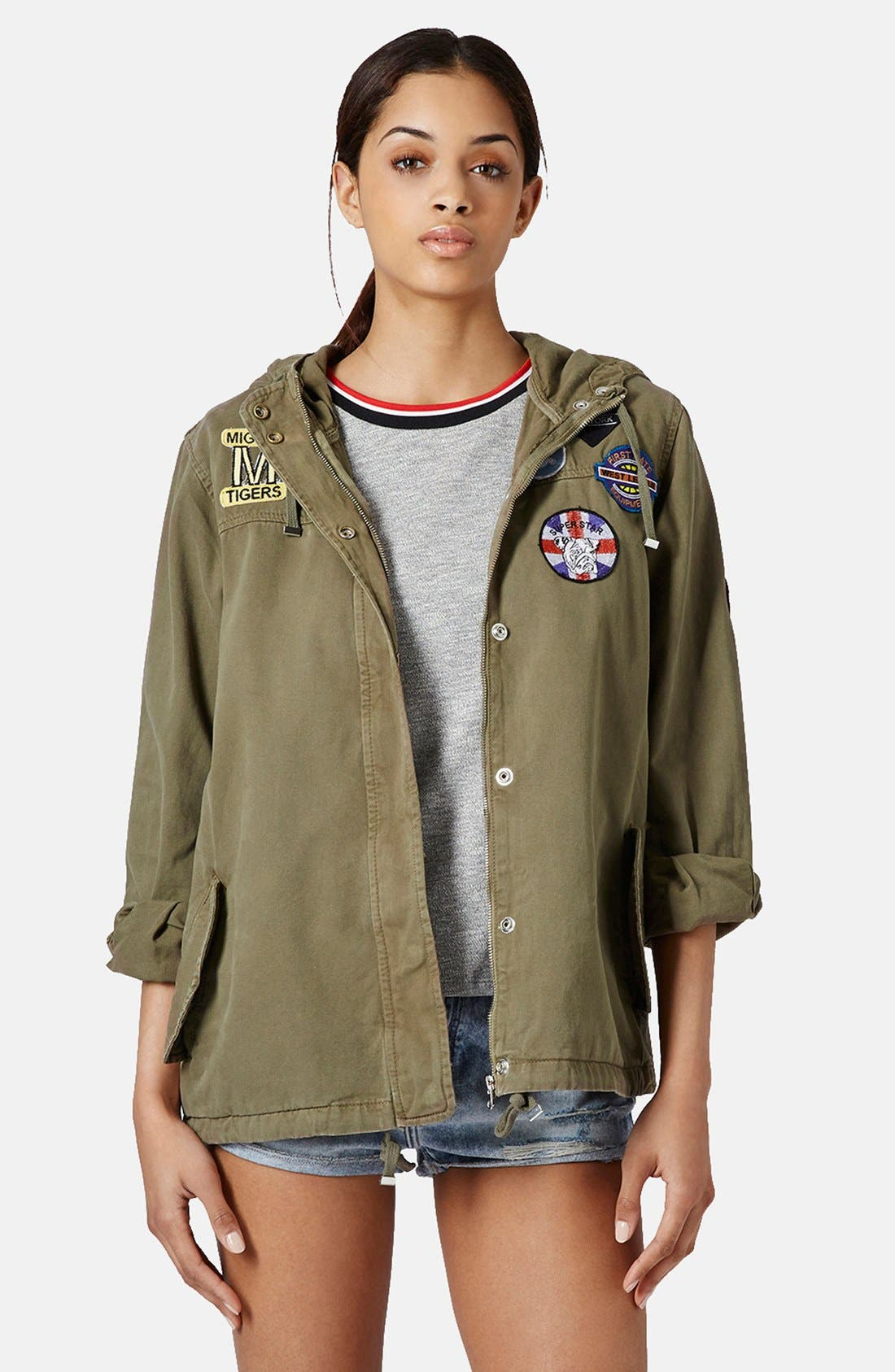 Alternate Image 1 Selected - Topshop 'Ryan' Badge Detail Short Parka