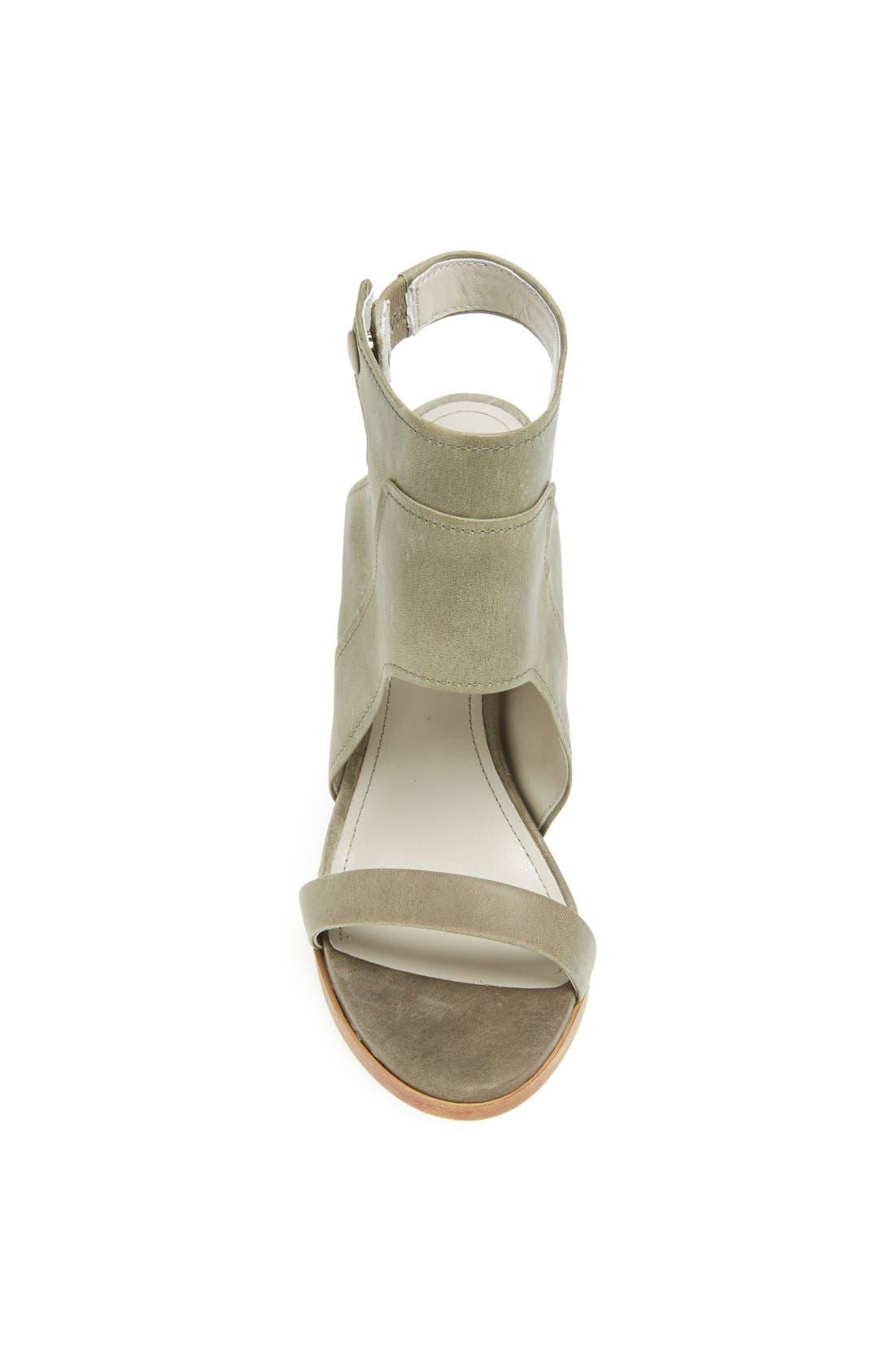 Alternate Image 3  - Pour la Victoire 'Venga' Sandal