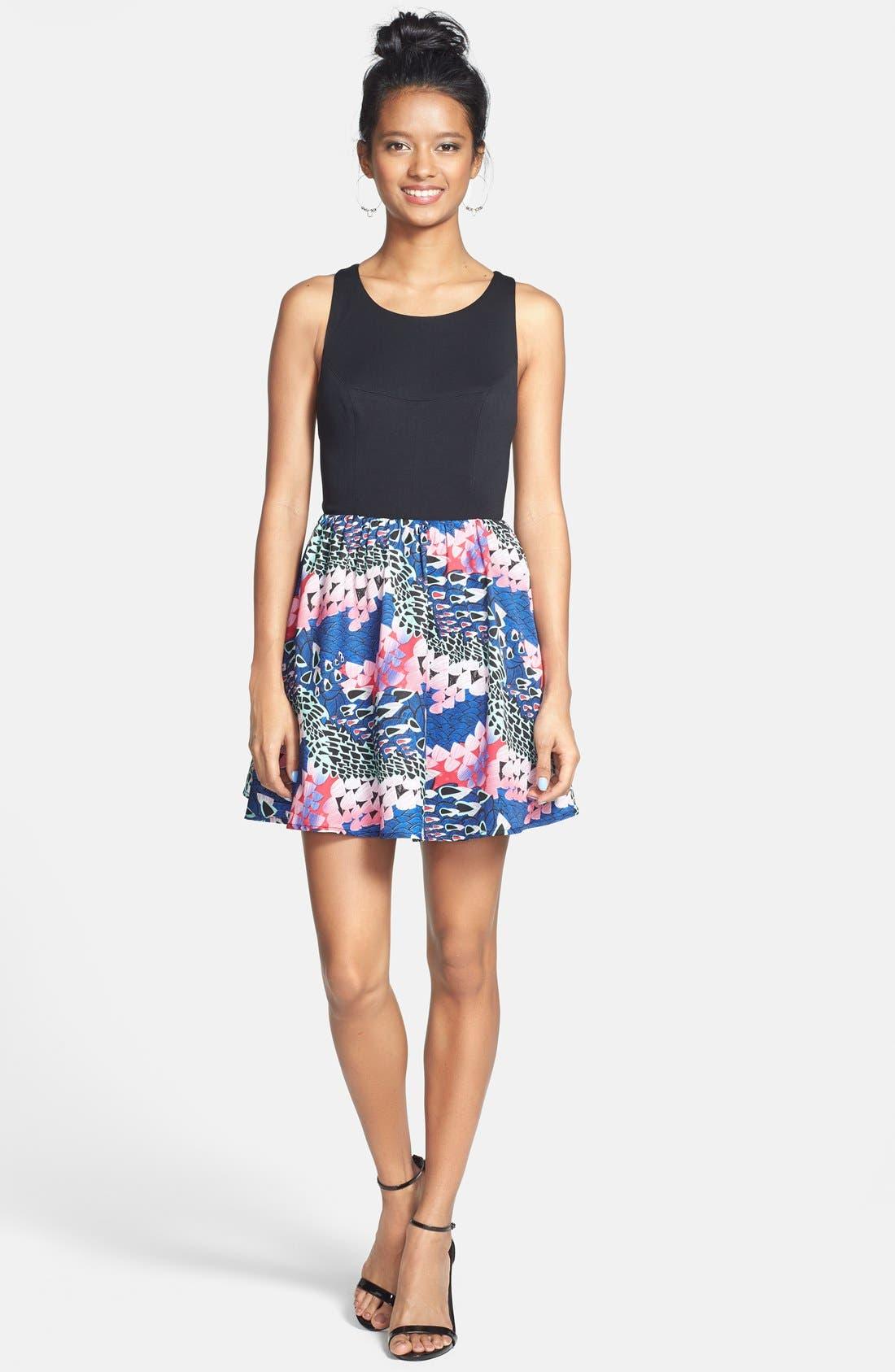 Main Image - En Crème Cutout Print Skater Dress (Juniors)