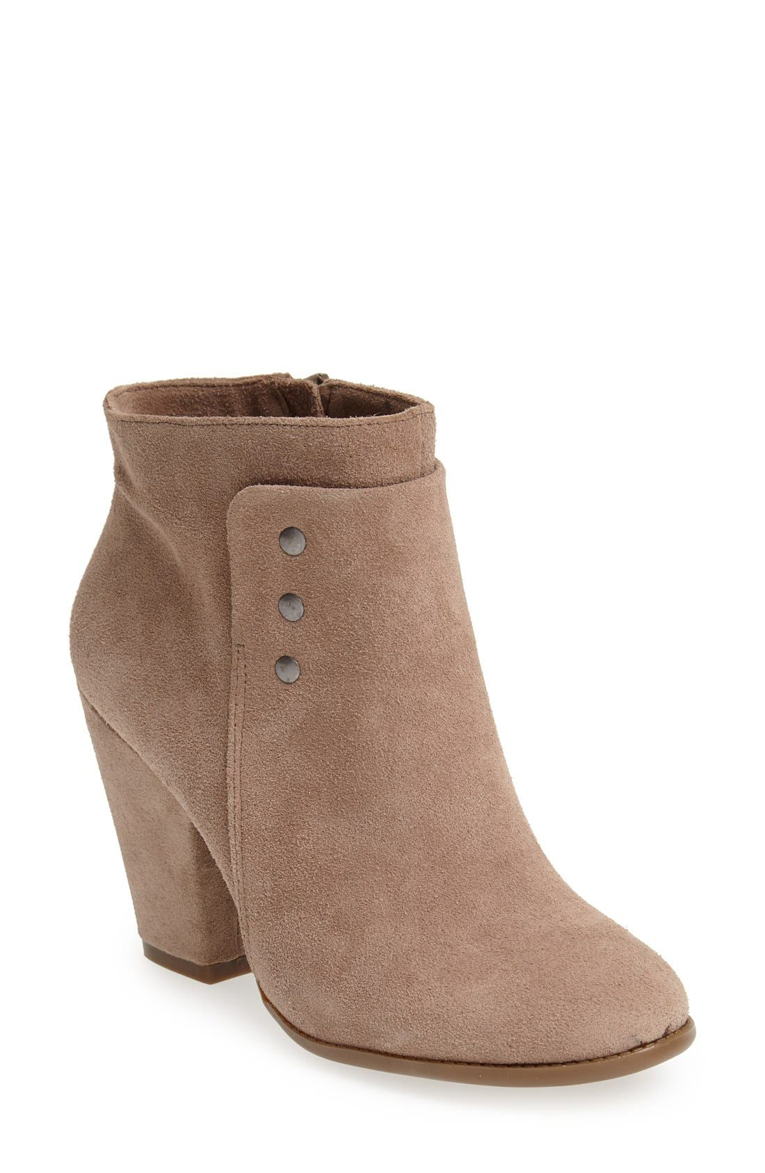 Main Image - Sole Society 'Erlina' Leather Ankle Bootie (Women)