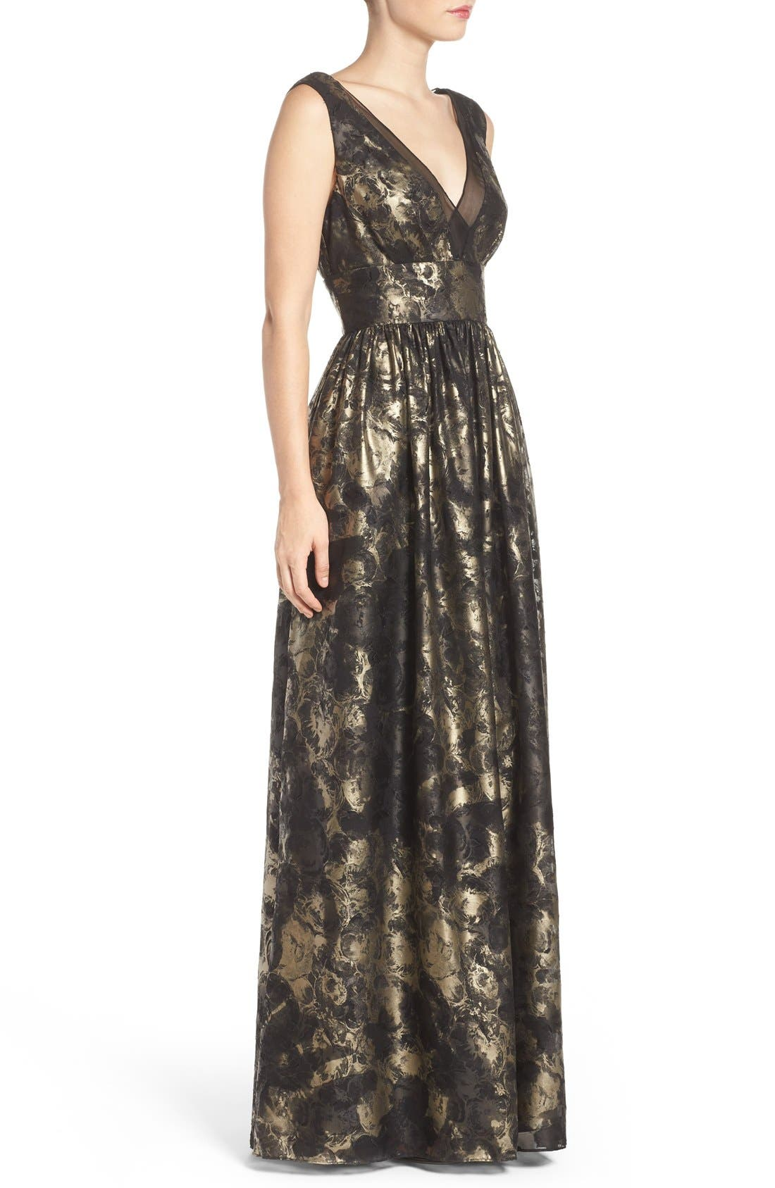 Alternate Image 3  - Vera Wang Metallic Fit & Flare Gown