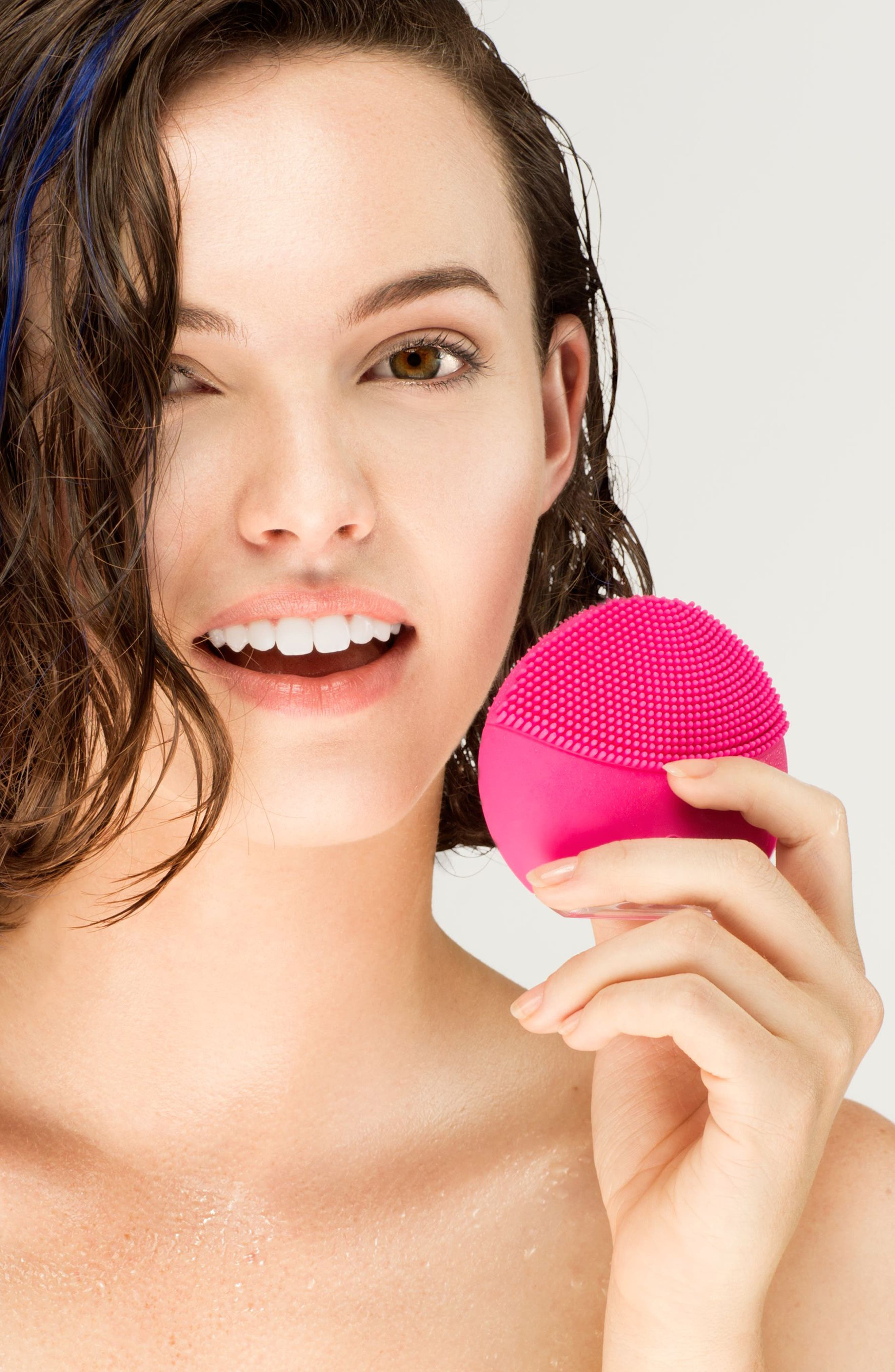 Alternate Image 5  - FOREO LUNA™ mini 2 Compact Facial Cleansing Device
