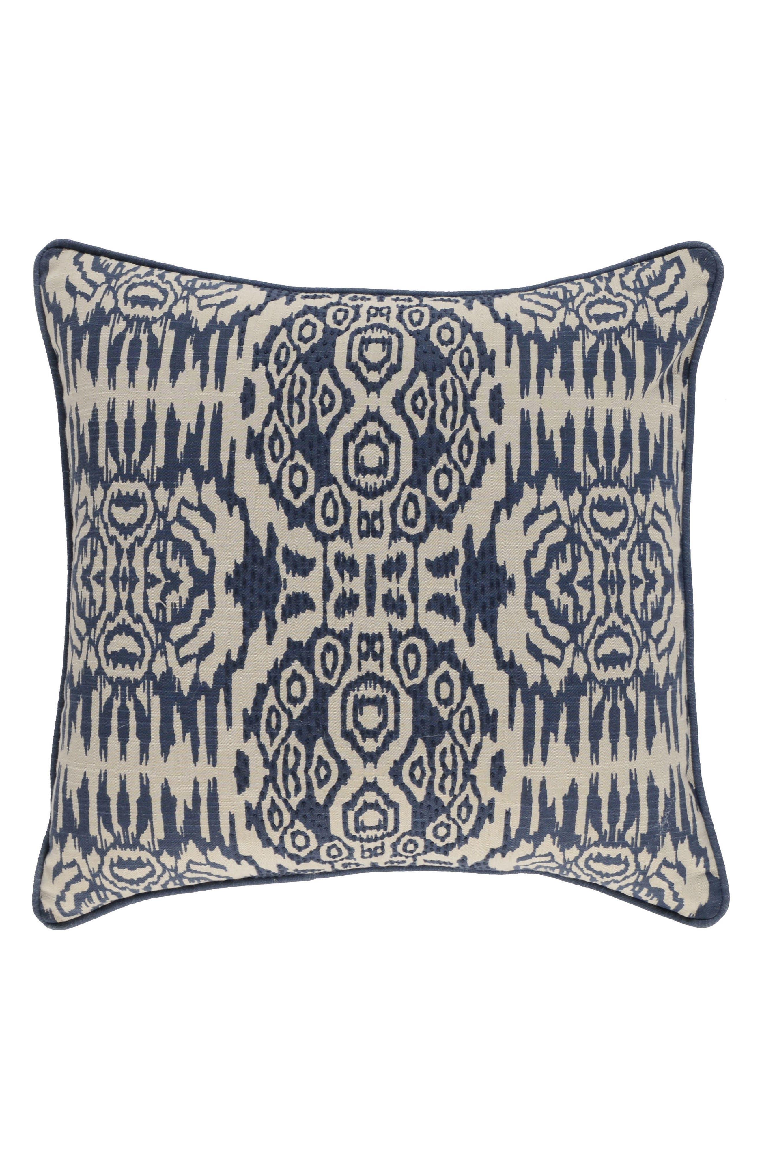 Villa Home Collection Kiaan Accent Pillow