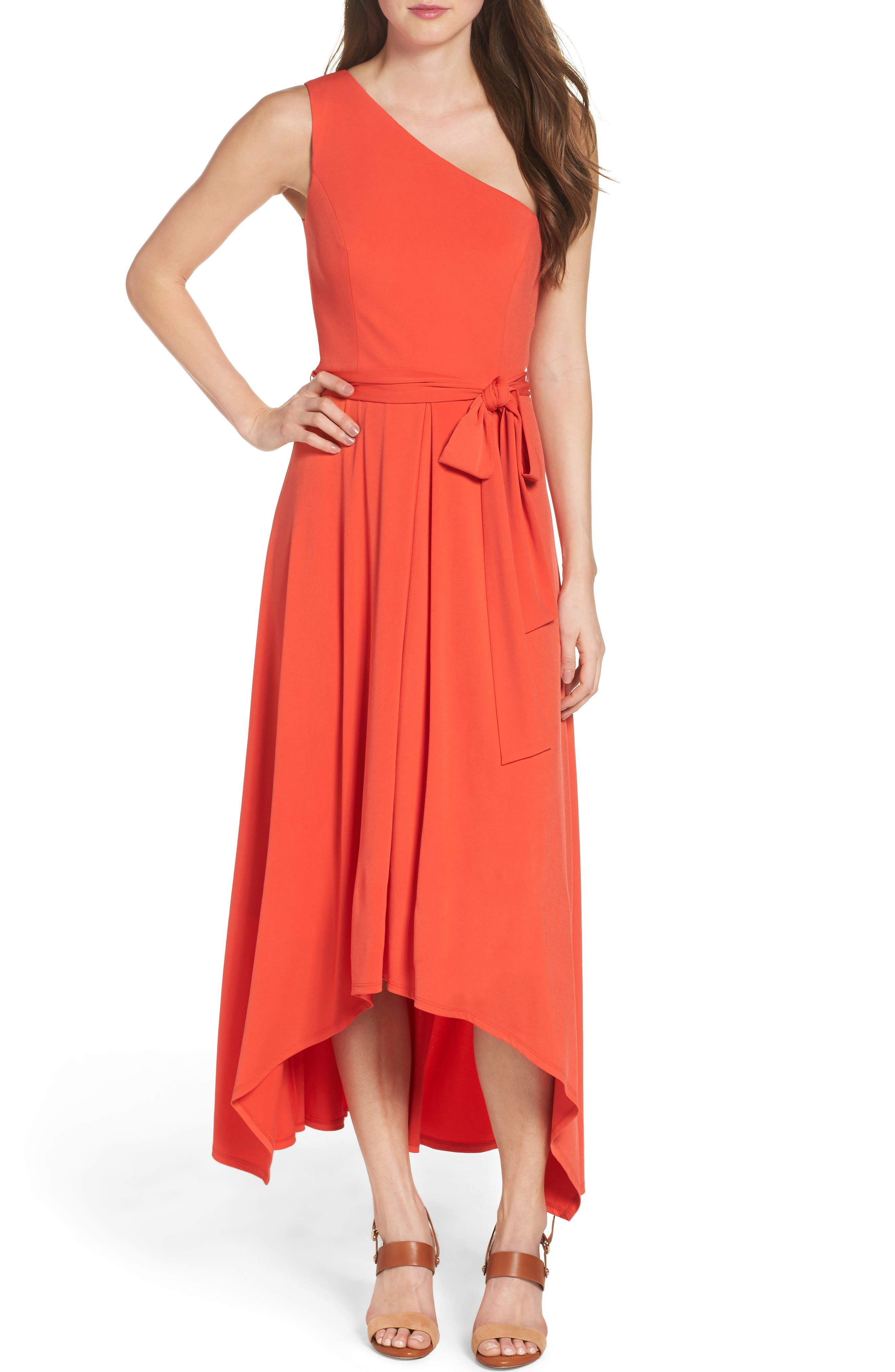 Petite Casual Dresses (37) Petite Cocktail Dresses (5) Petite Maxi Dresses (3) Petite Wear to Work Dresses (26) Rompers & Jumpsuits (2) Narrow results by - Brand Brand.