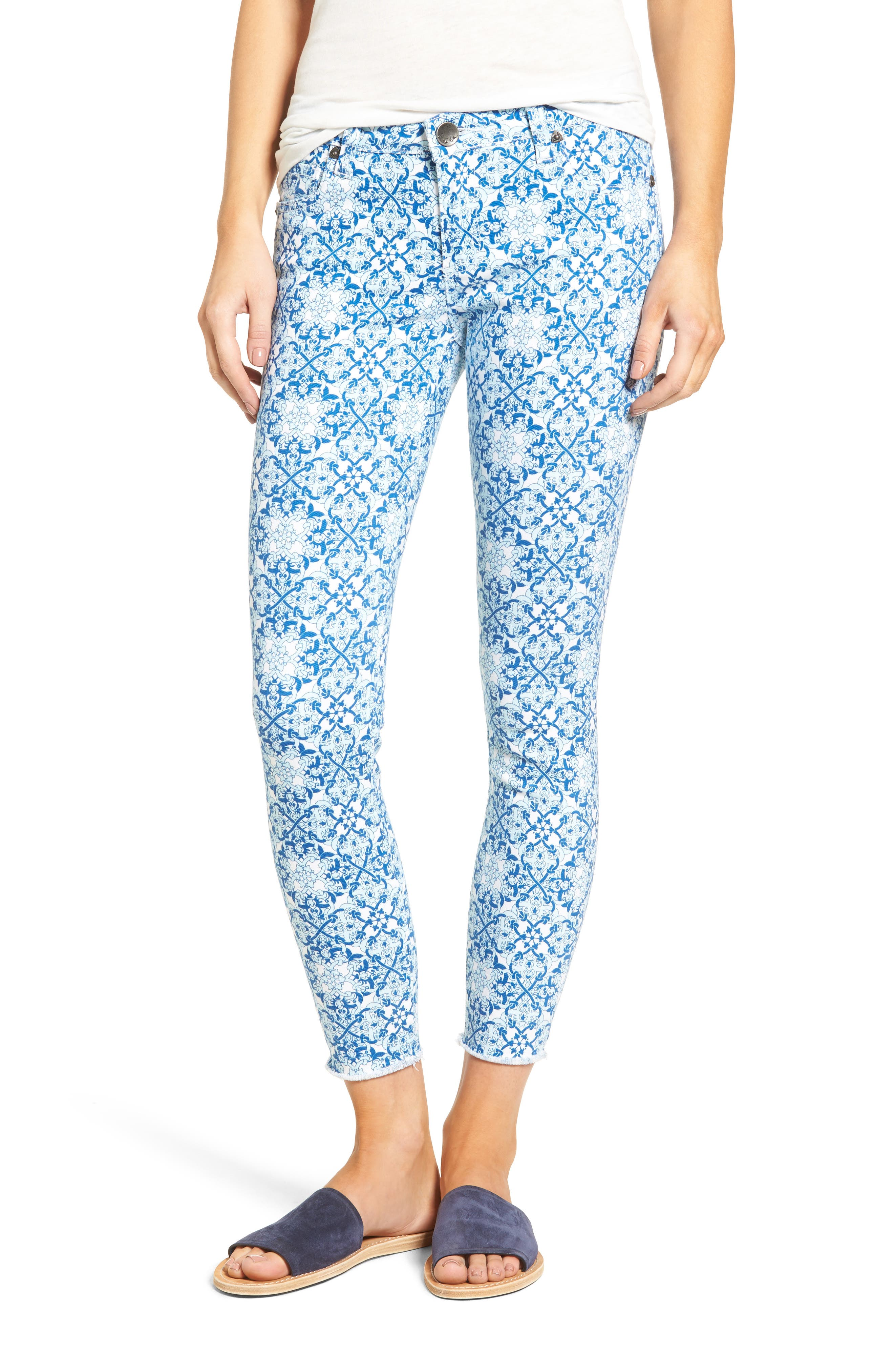 Alternate Image 1 Selected - KUT from the Kloth Connie Print Fray Hem Ankle Skinny Jeans (White/Blue)