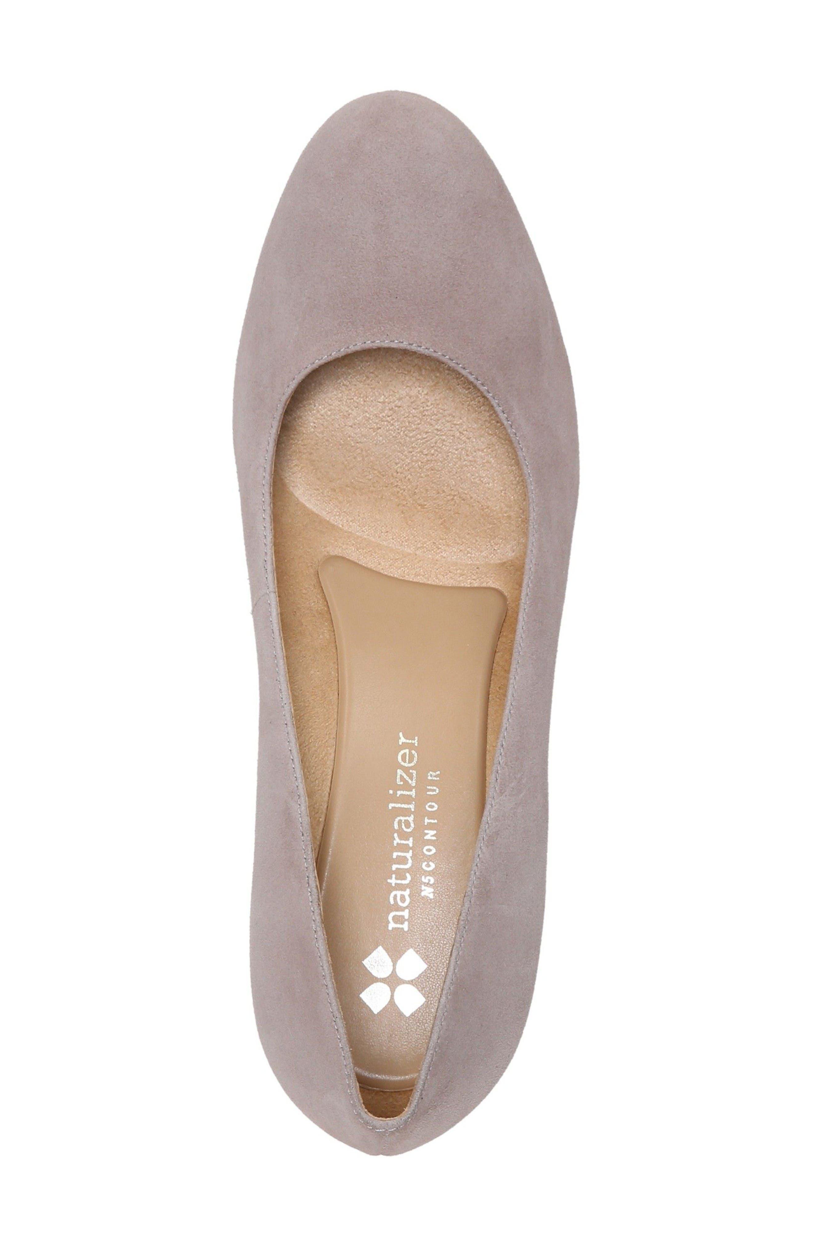 Alternate Image 3  - Naturalizer'Michelle' Almond Toe Pump (Women)