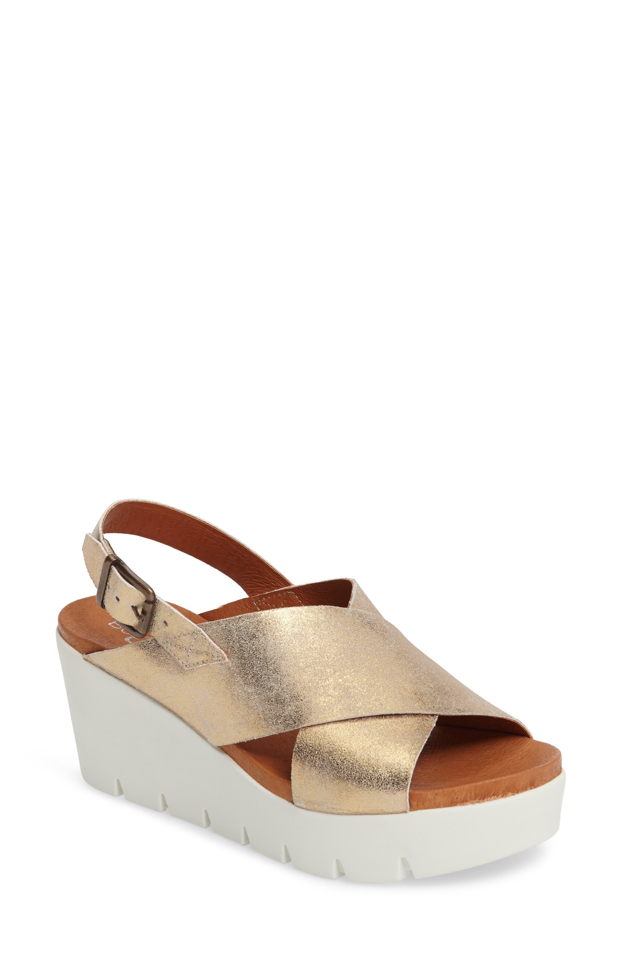Bos. & Co. Payton Platform Wedge Sandal (Women)