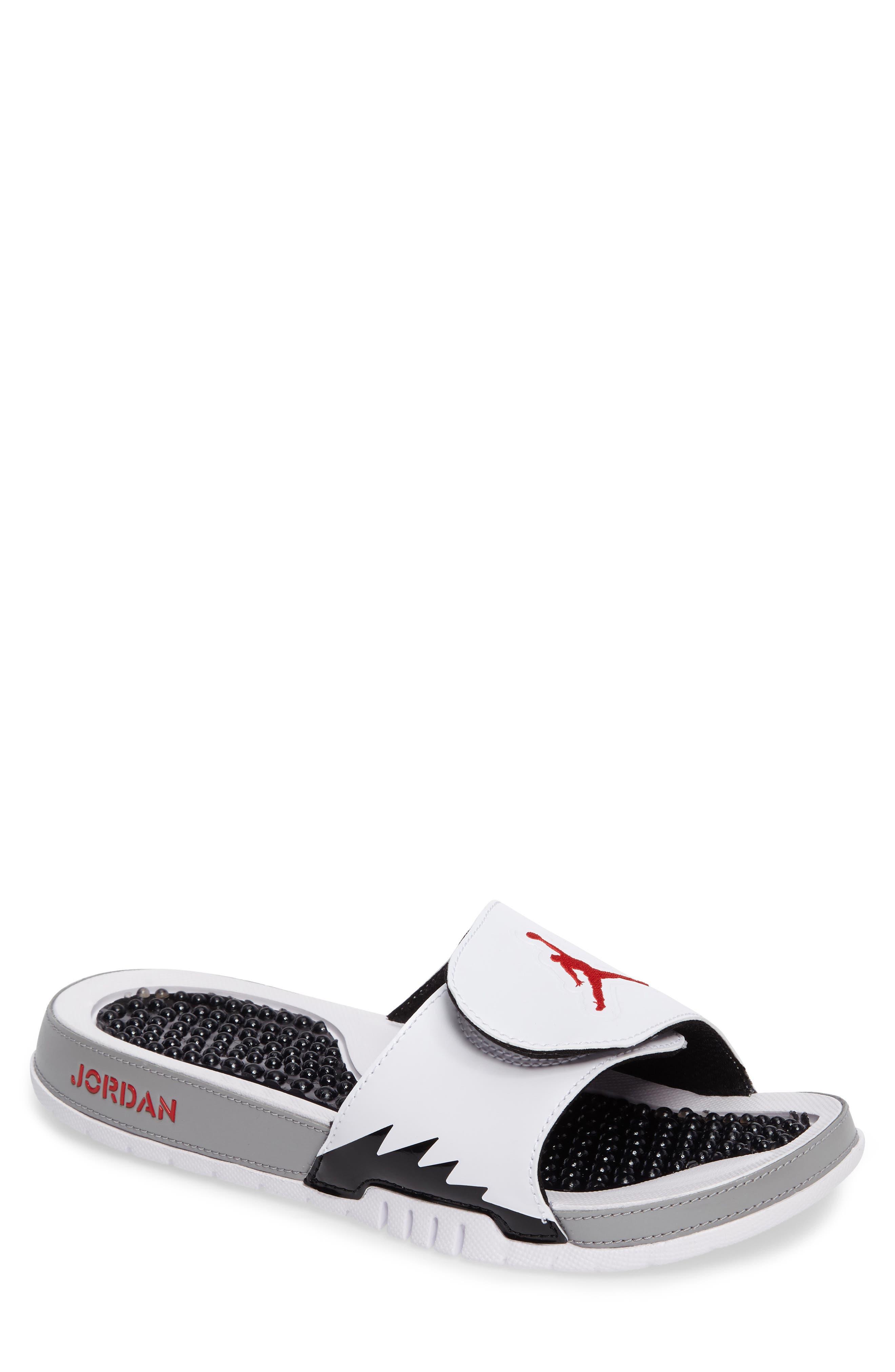 Main Image - Nike 'Jordan Hydro V Retro' Slide (Men)