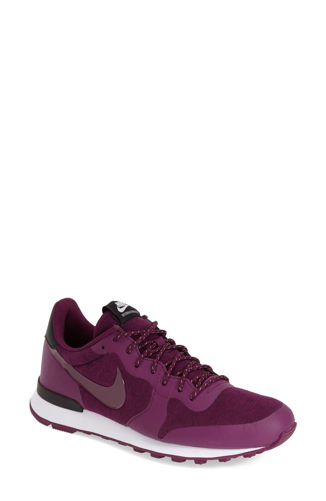 Main Image - Nike 'International' Sneaker (Women)