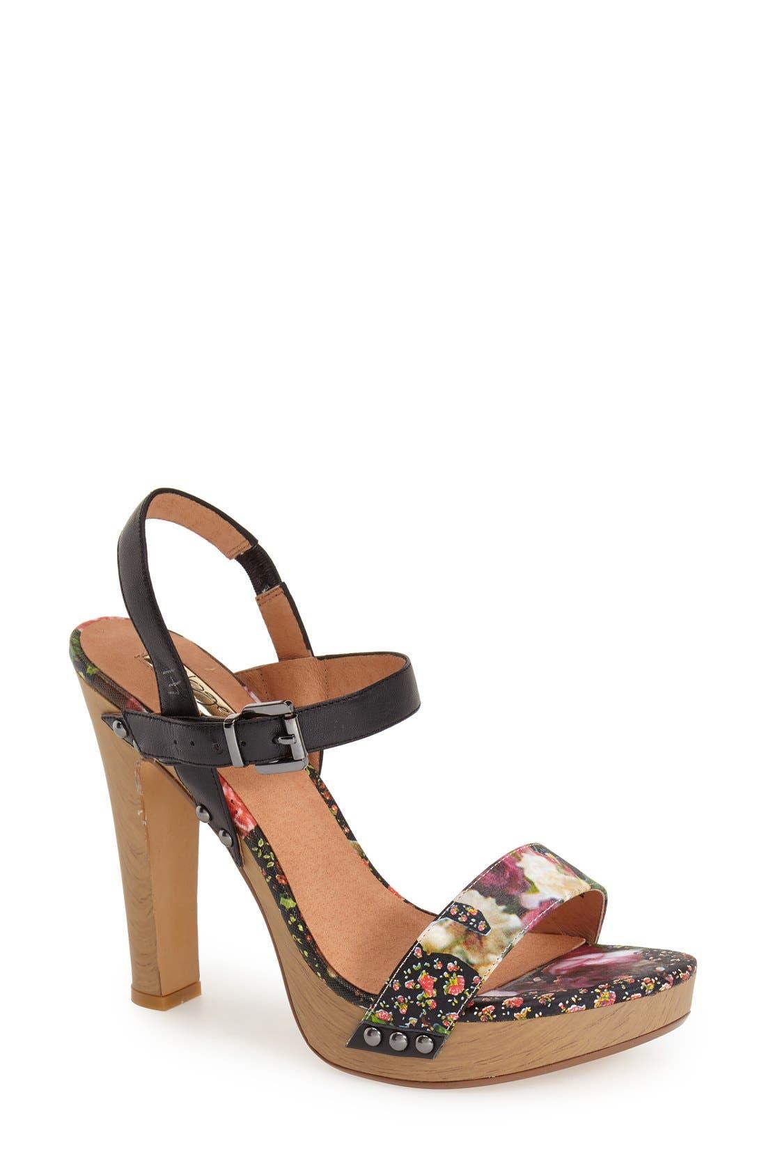 Alternate Image 1 Selected - Halogen® 'Viv' Platform Sandal (Women)