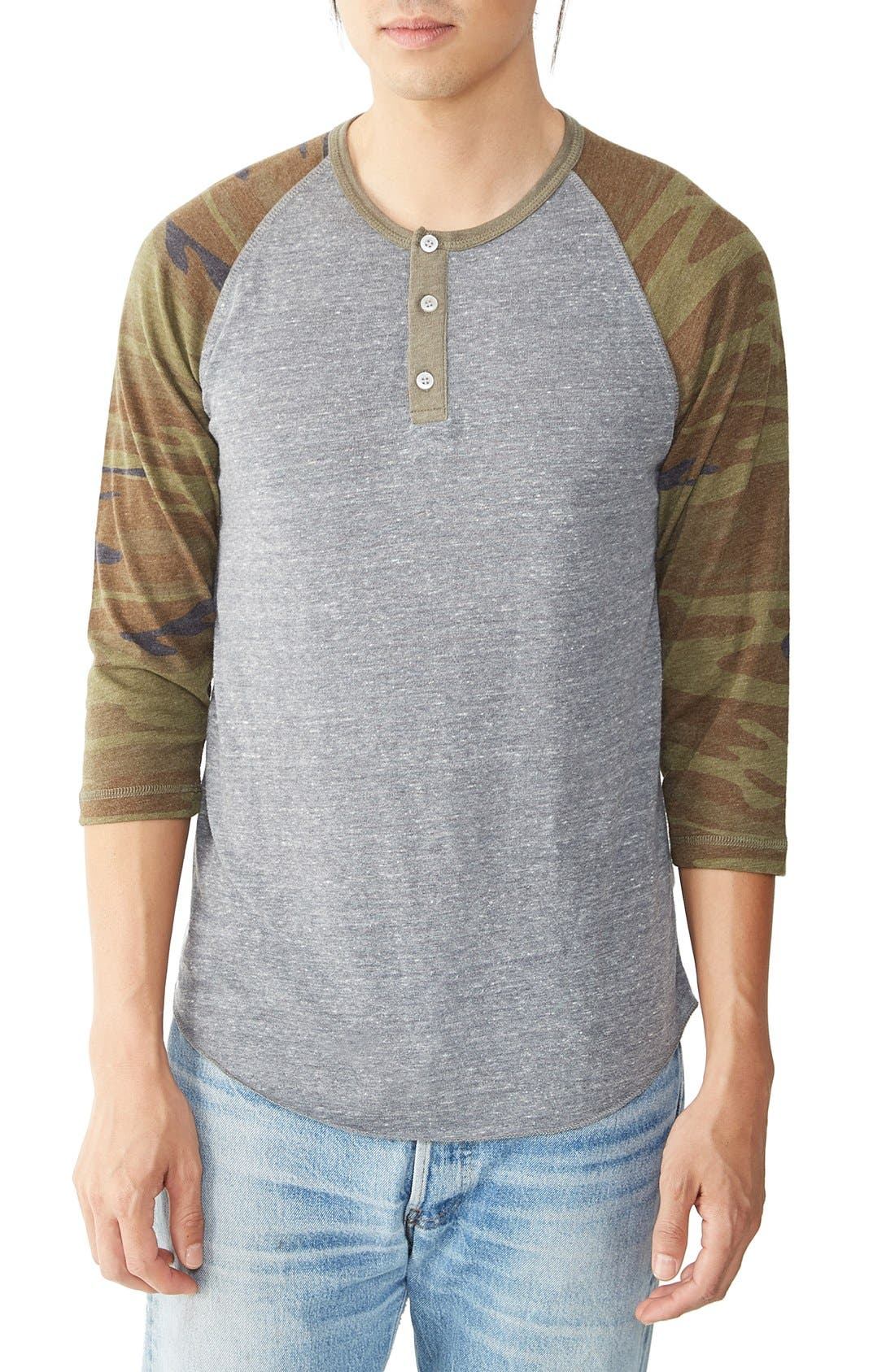 ALTERNATIVE Three Quarter Sleeve Raglan Henley