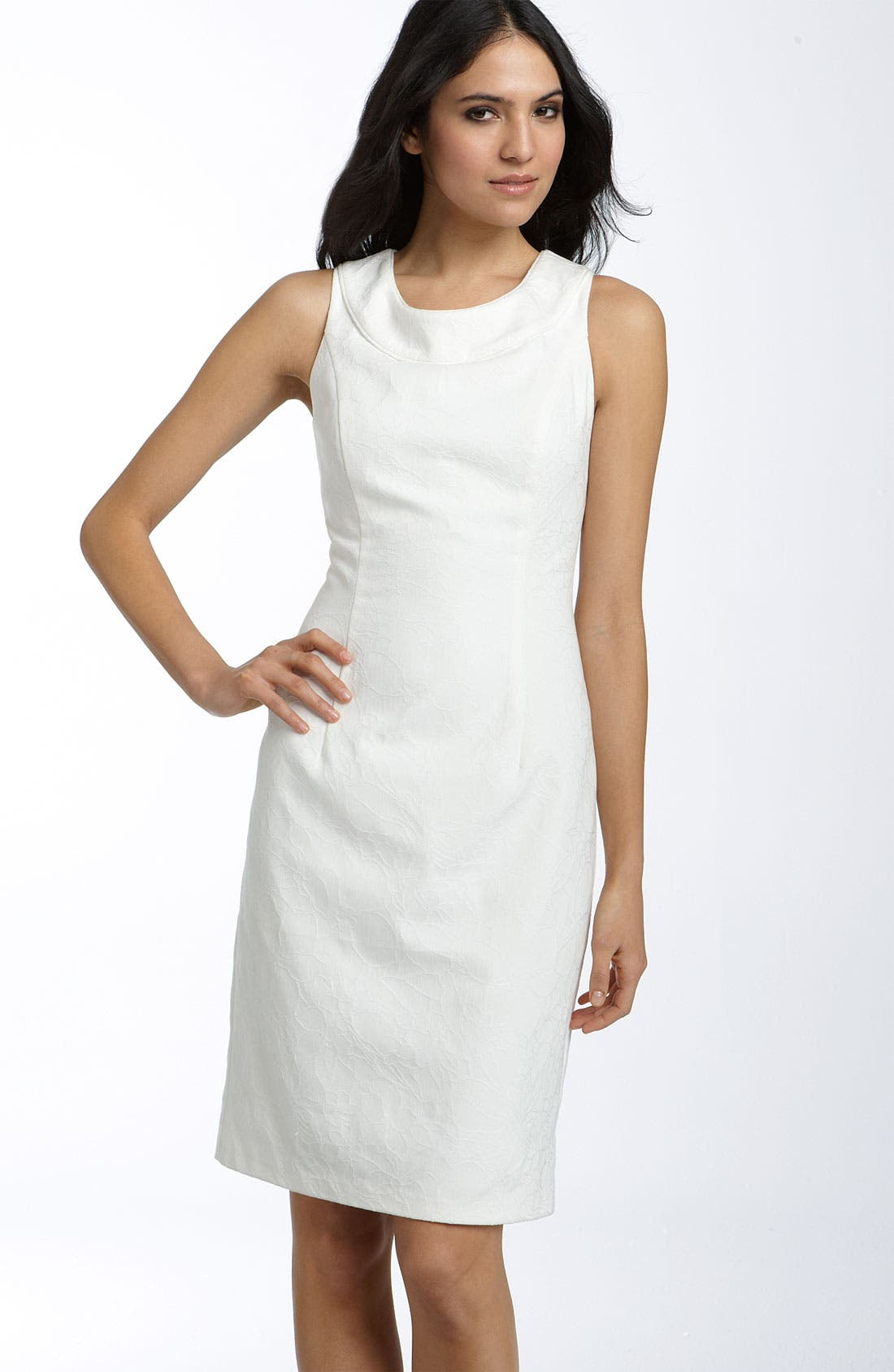 Main Image - Donna Ricco Cutout Back Jacquard Sheath Dress