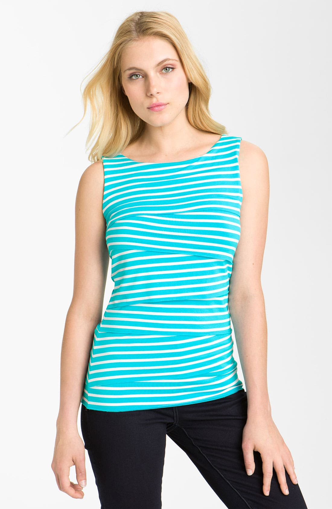 Main Image - Vince Camuto Zigzag Tiered Jersey Top (Petite)