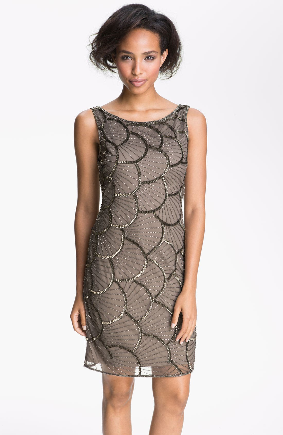 Main Image - Pisarro Nights Scalloped Bead Mesh Dress