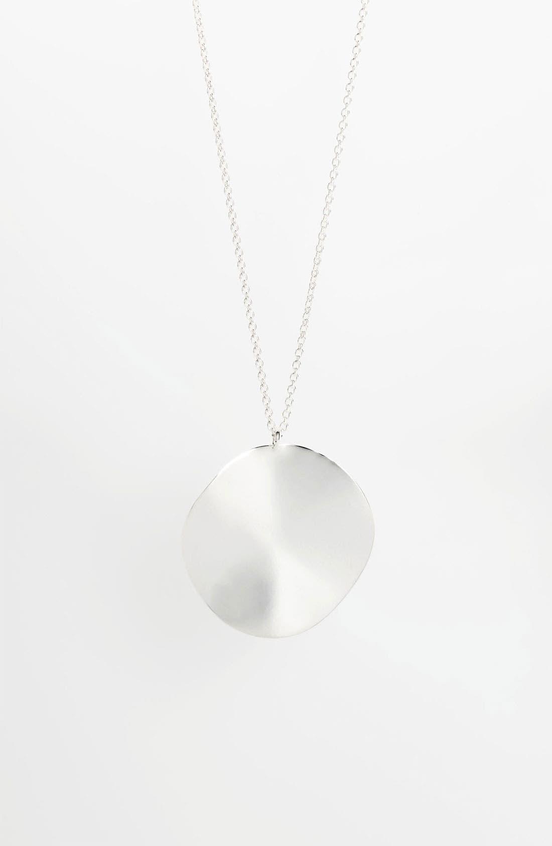 Main Image - Ippolita 'Scultura' Long Wavy Circle Pendant Necklace