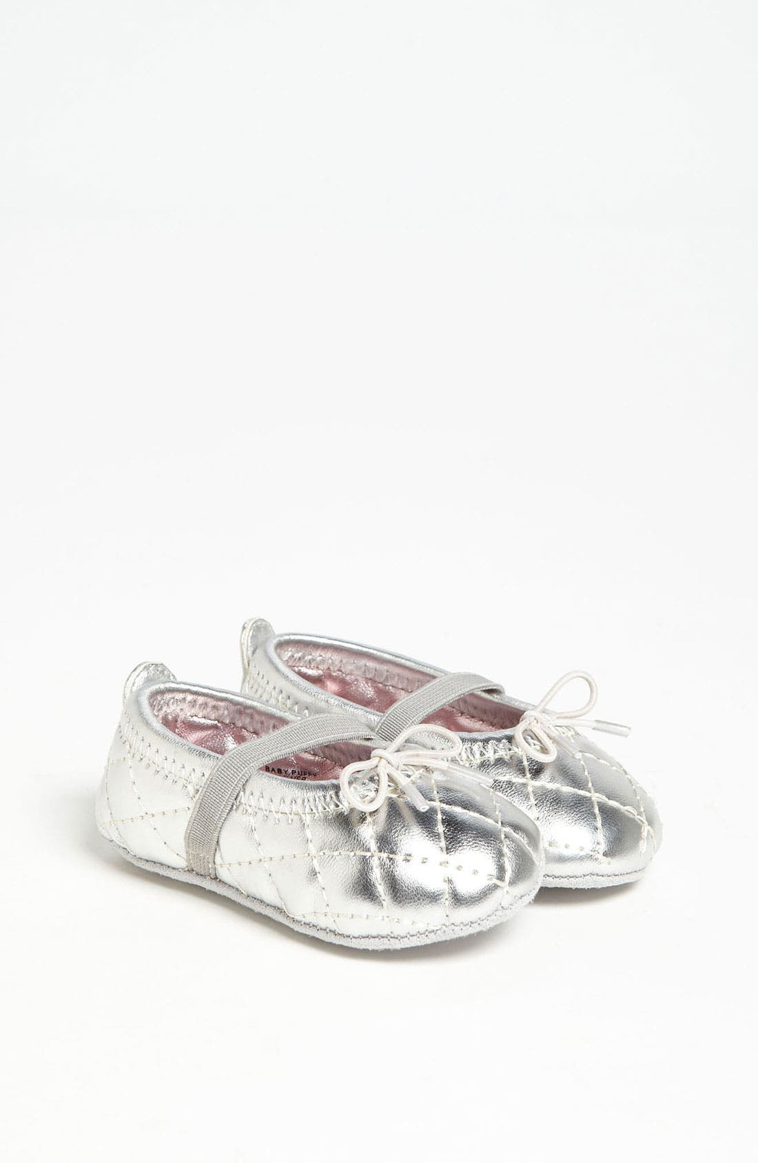 Main Image - Stuart Weitzman 'Baby Puffy' Crib Shoe (Baby)