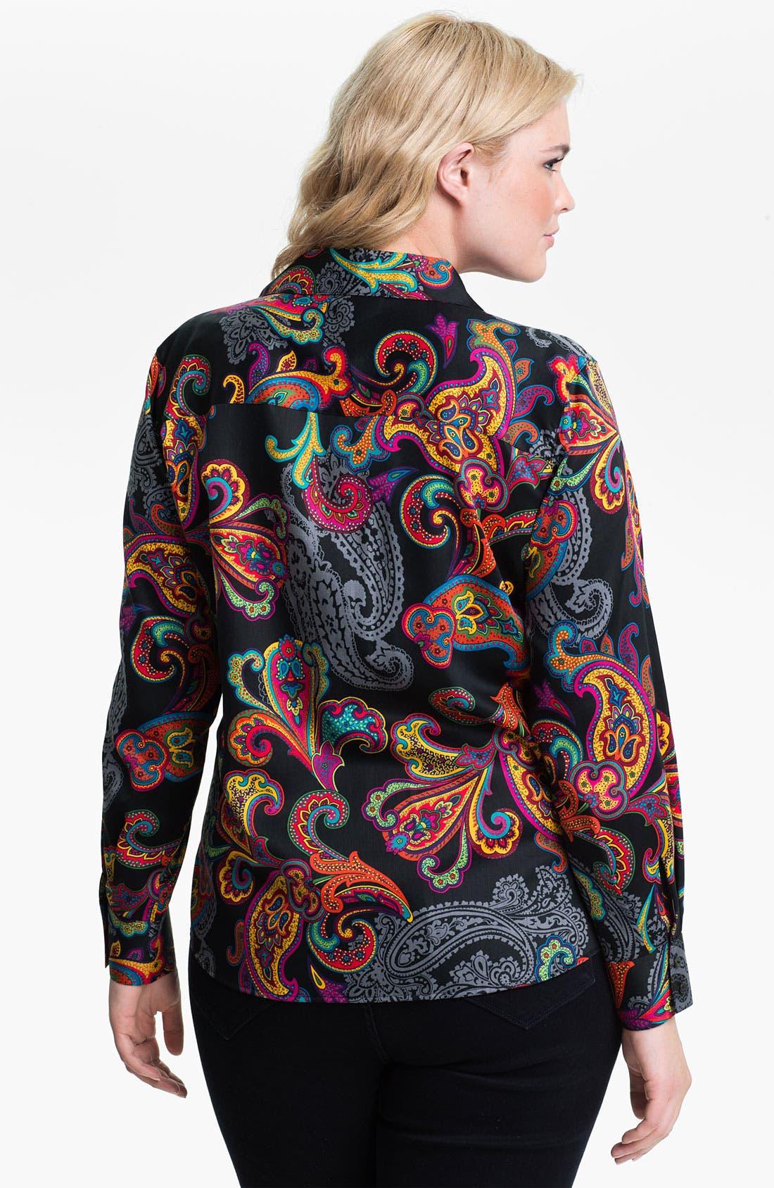 Alternate Image 2  - Foxcroft 'Holiday Paisley' Shaped Shirt (Plus)