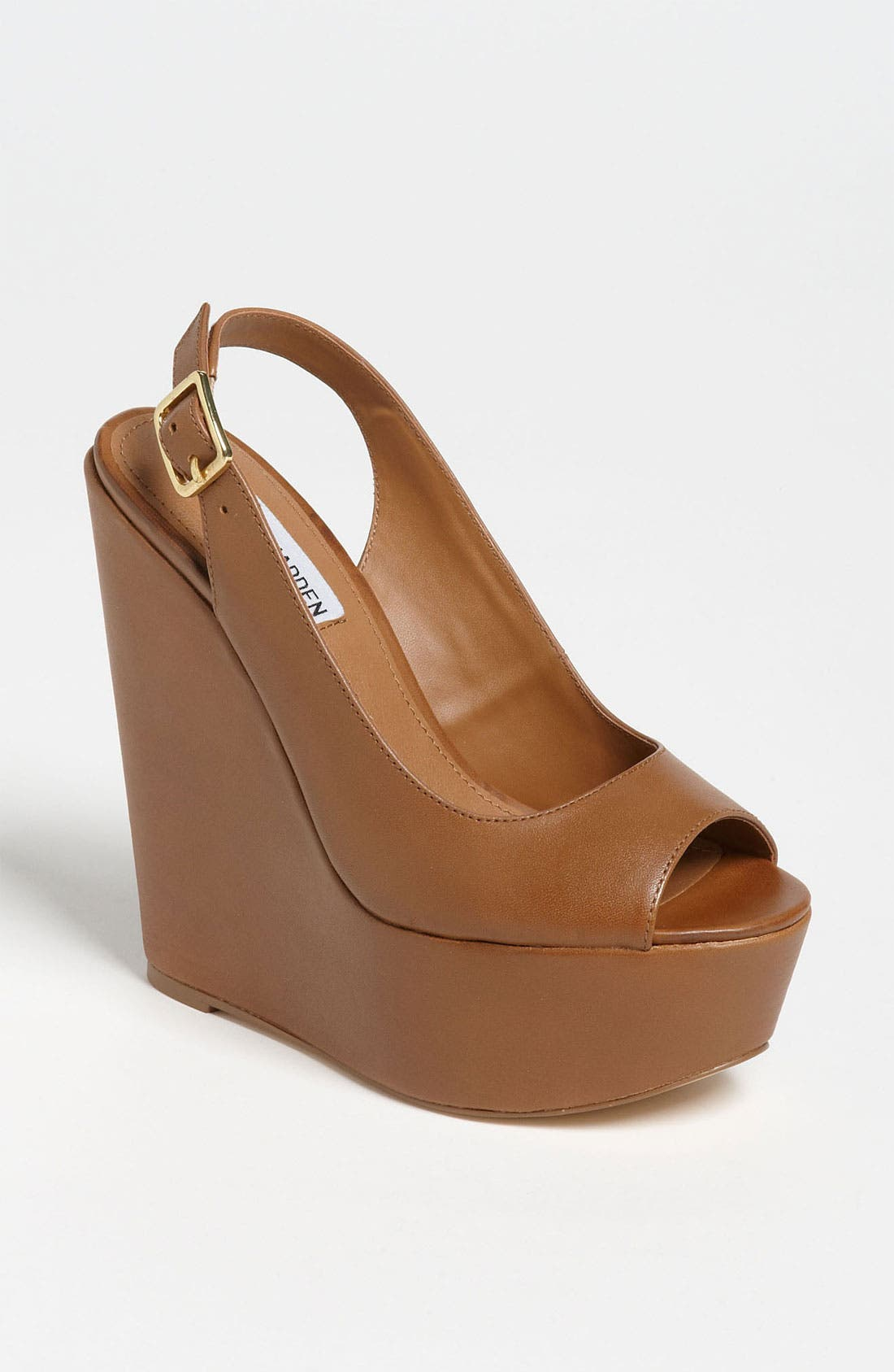 Alternate Image 1 Selected - Steve Madden 'Comotion' Wedge Sandal