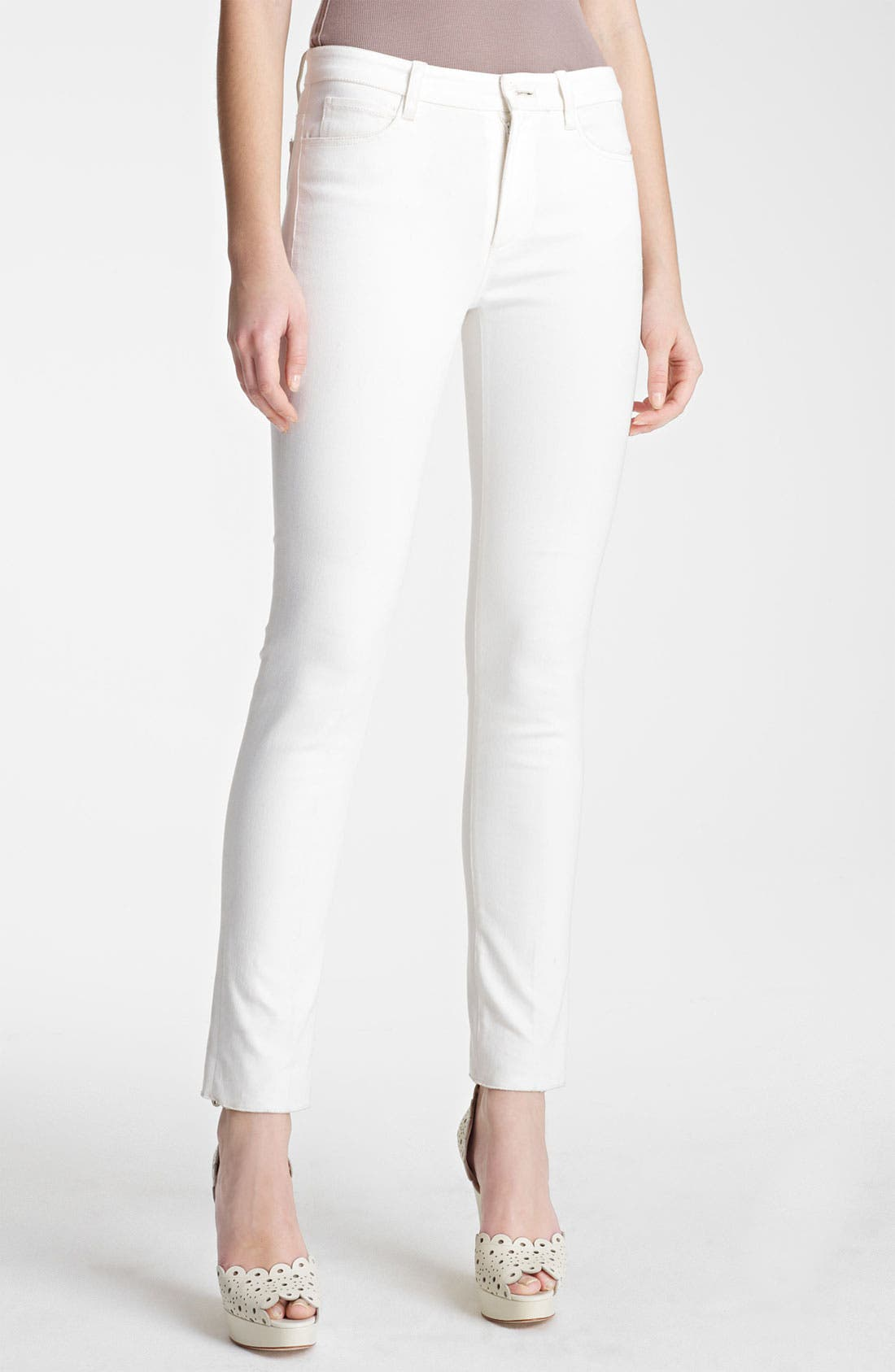 Alternate Image 1 Selected - Oscar de la Renta Skinny Jeans