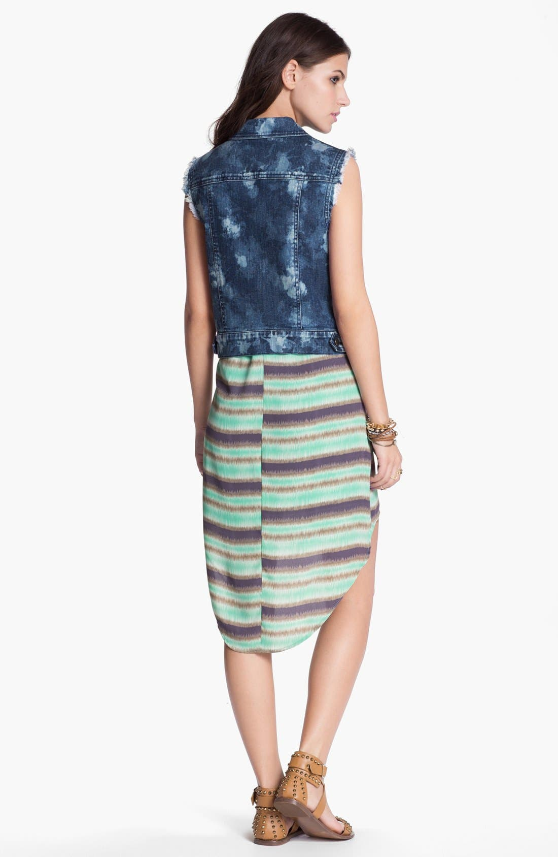Alternate Image 4  - Lush Print High/Low Shift Dress (Juniors)