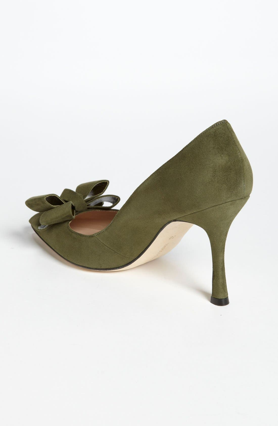 Alternate Image 2  - Manolo Blahnik Bow Pump
