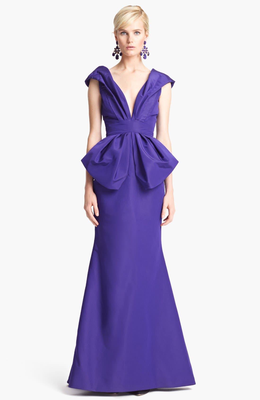 Main Image - Oscar de la Renta Off Shoulder Silk Peplum Gown