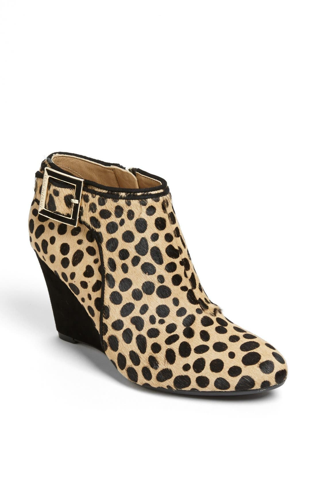 Alternate Image 1 Selected - Isaac Mizrahi New York 'Winonalee' Bootie