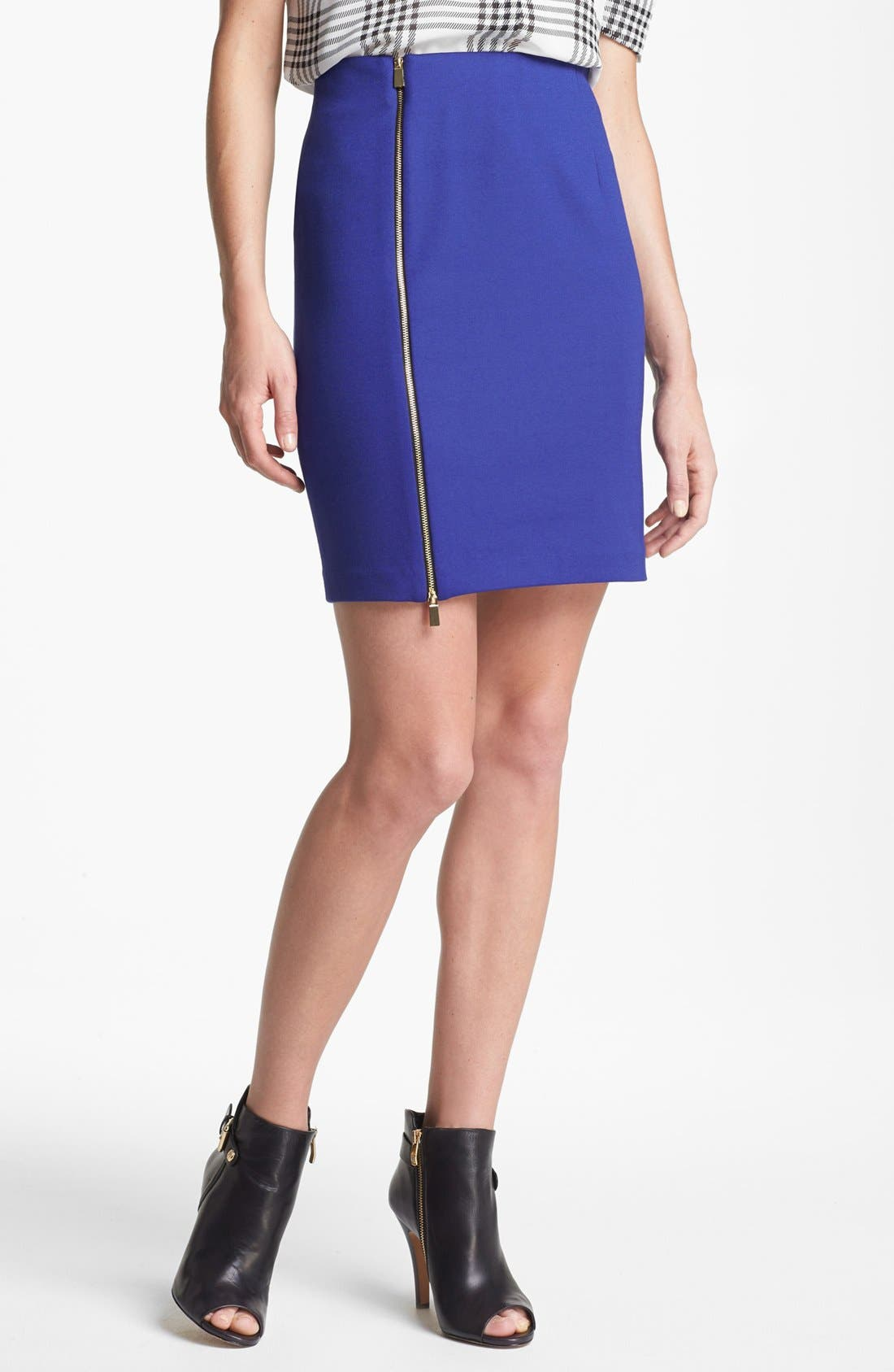 Main Image - Vince Camuto Front Zip Pencil Skirt