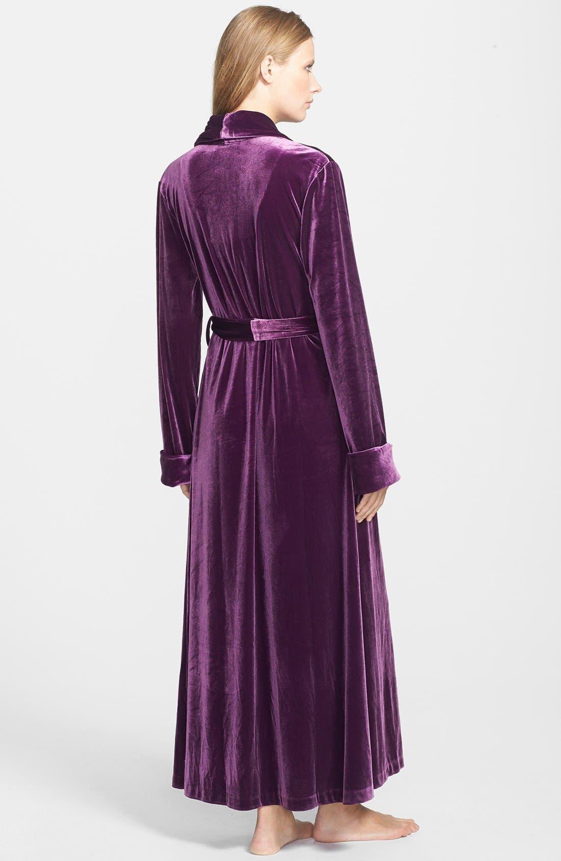 Alternate Image 2  - Oscar de la Renta Sleepwear 'Zahara Nights' Velvet Robe